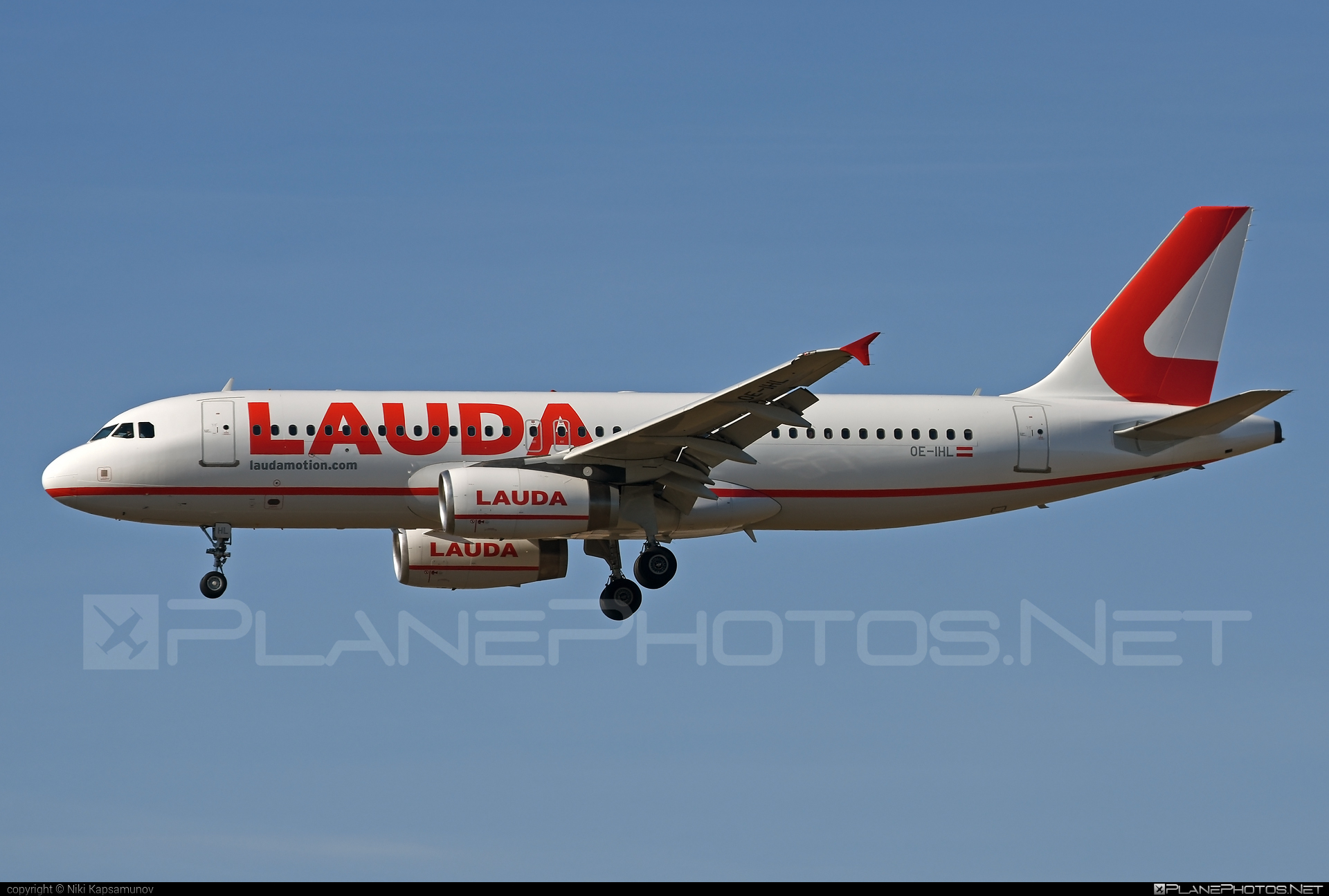 LaudaMotion Airbus A320-232 - OE-IHL #a320 #a320family #airbus #airbus320 #laudamotion
