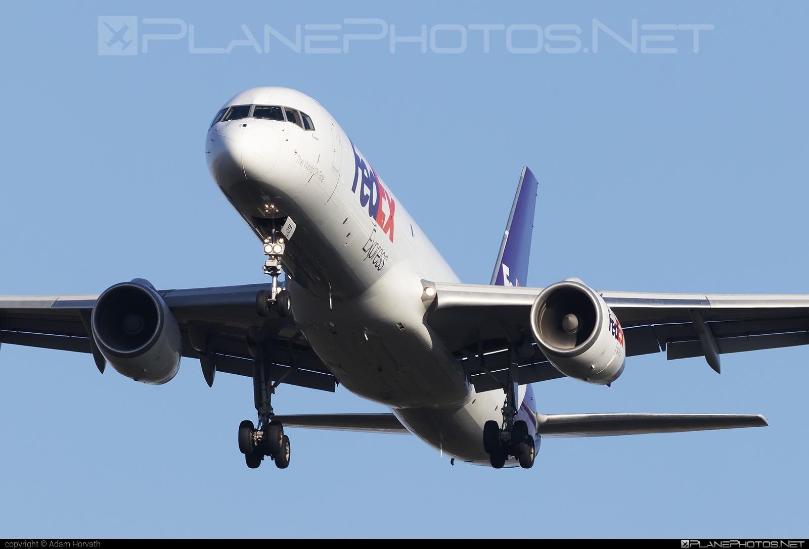 Boeing 757-200SF - N972FD operated by FedEx Express #b757 #boeing #boeing757 #fedex #fedexairlines #fedexexpress