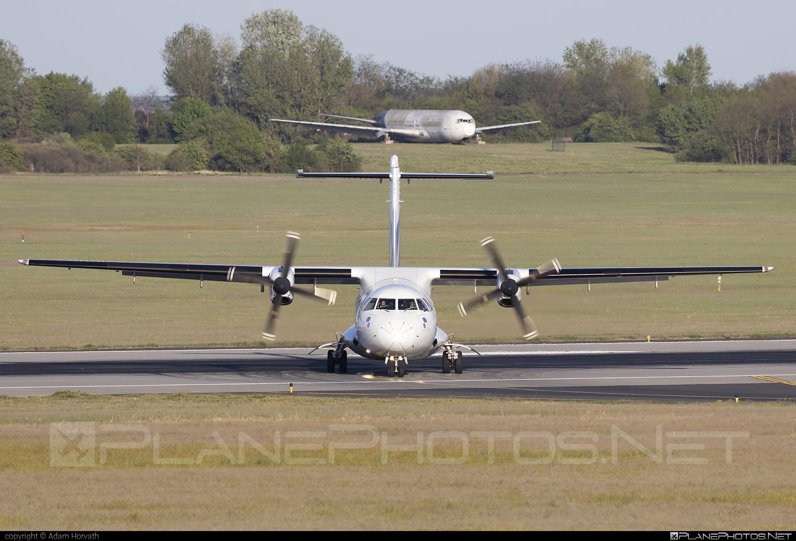 ATR 72-202 - EC-LSN operated by Swiftair #atr