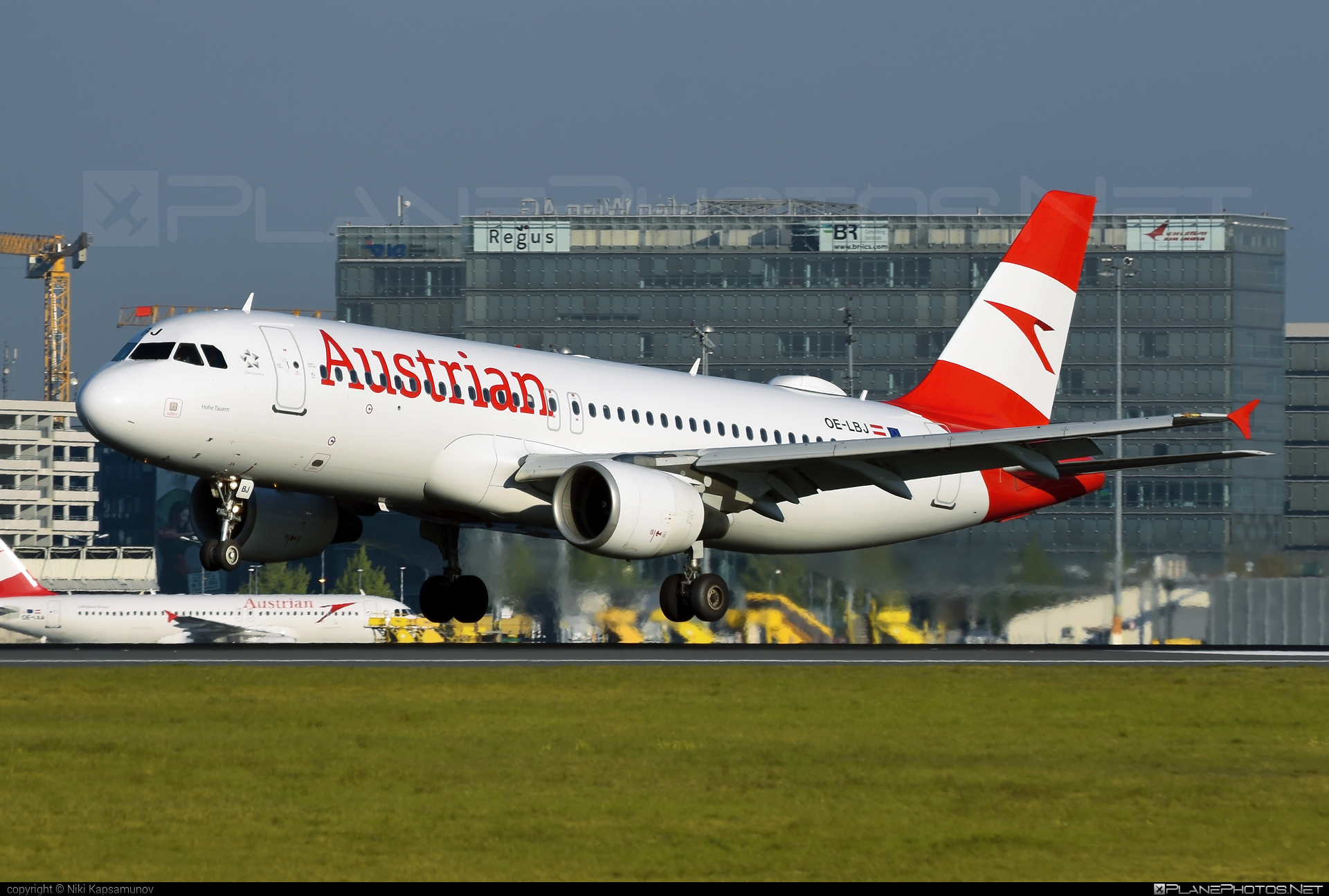 Airbus A320-214 - OE-LBJ operated by Austrian Airlines #a320 #a320family #airbus #airbus320