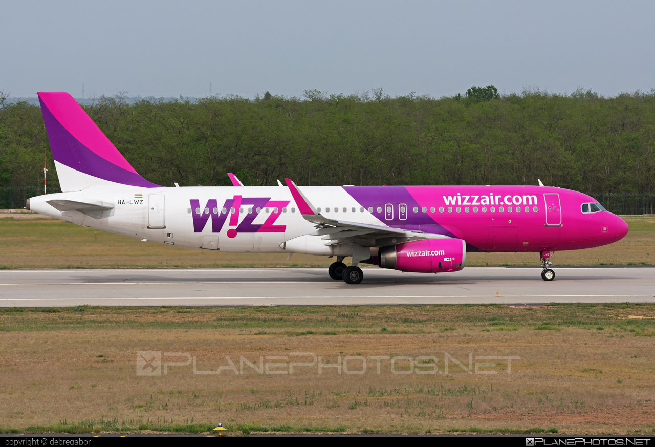Airbus A320-232 - HA-LWZ operated by Wizz Air #a320 #a320family #airbus #airbus320 #wizz #wizzair