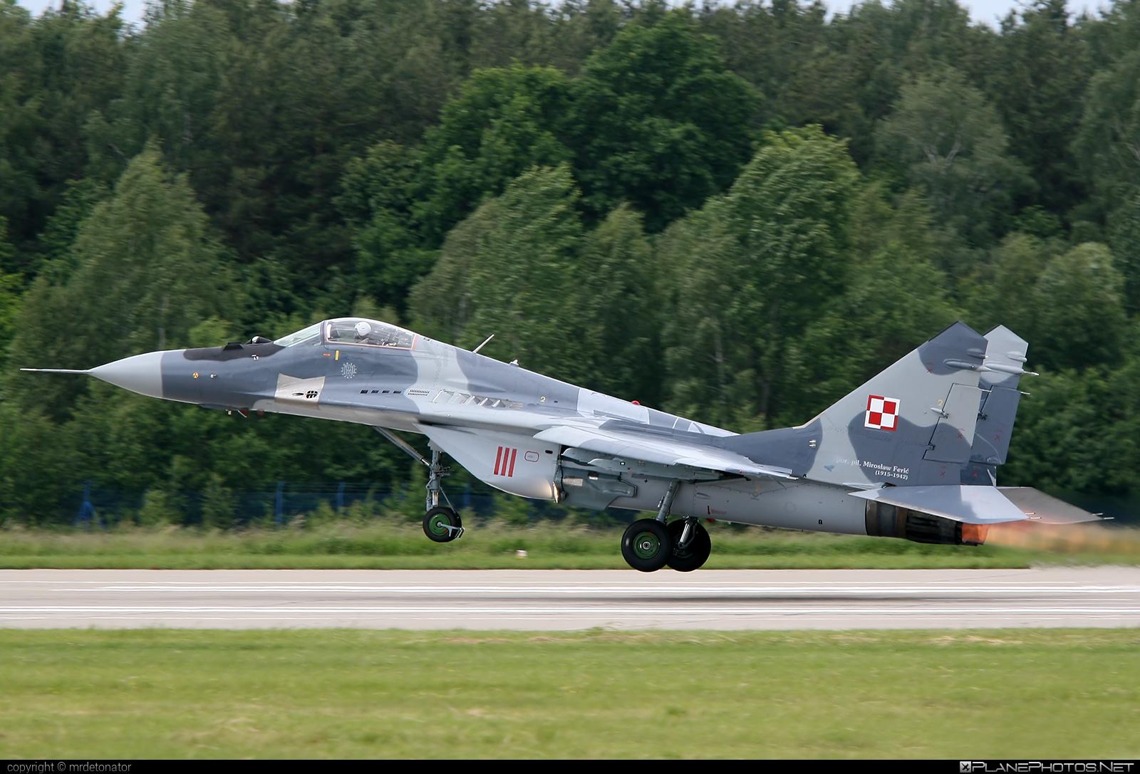 Mikoyan-Gurevich MiG-29A - 111 operated by Siły Powietrzne Rzeczypospolitej Polskiej (Polish Air Force) #mig #mig29 #mig29a #mikoyangurevich #polishairforce #silypowietrzne