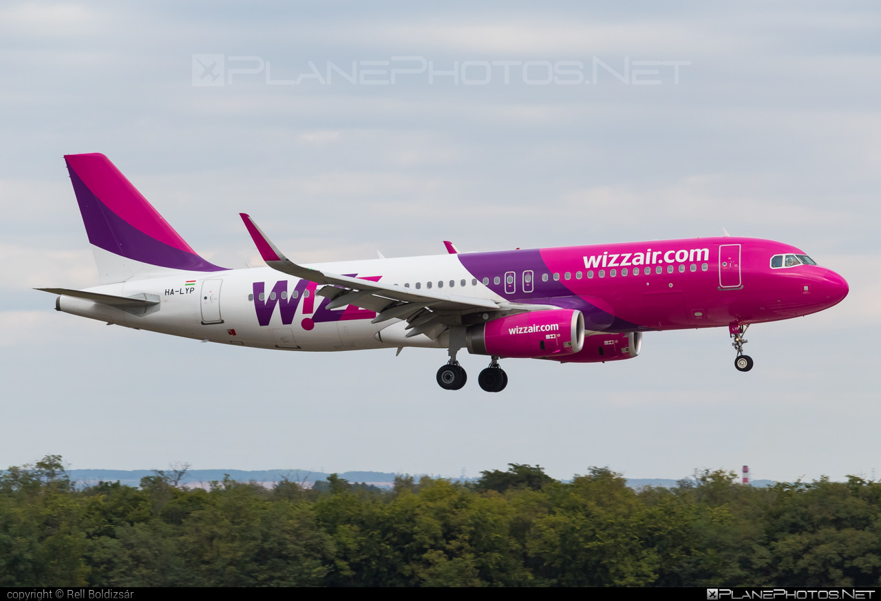 Airbus A320-232 - HA-LYP operated by Wizz Air #a320 #a320family #airbus #airbus320 #wizz #wizzair