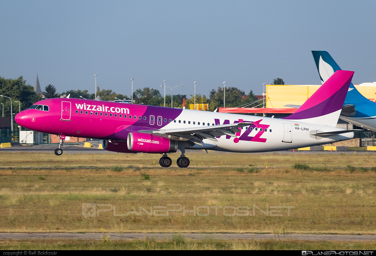 Airbus A320-232 - HA-LPM operated by Wizz Air #a320 #a320family #airbus #airbus320 #wizz #wizzair