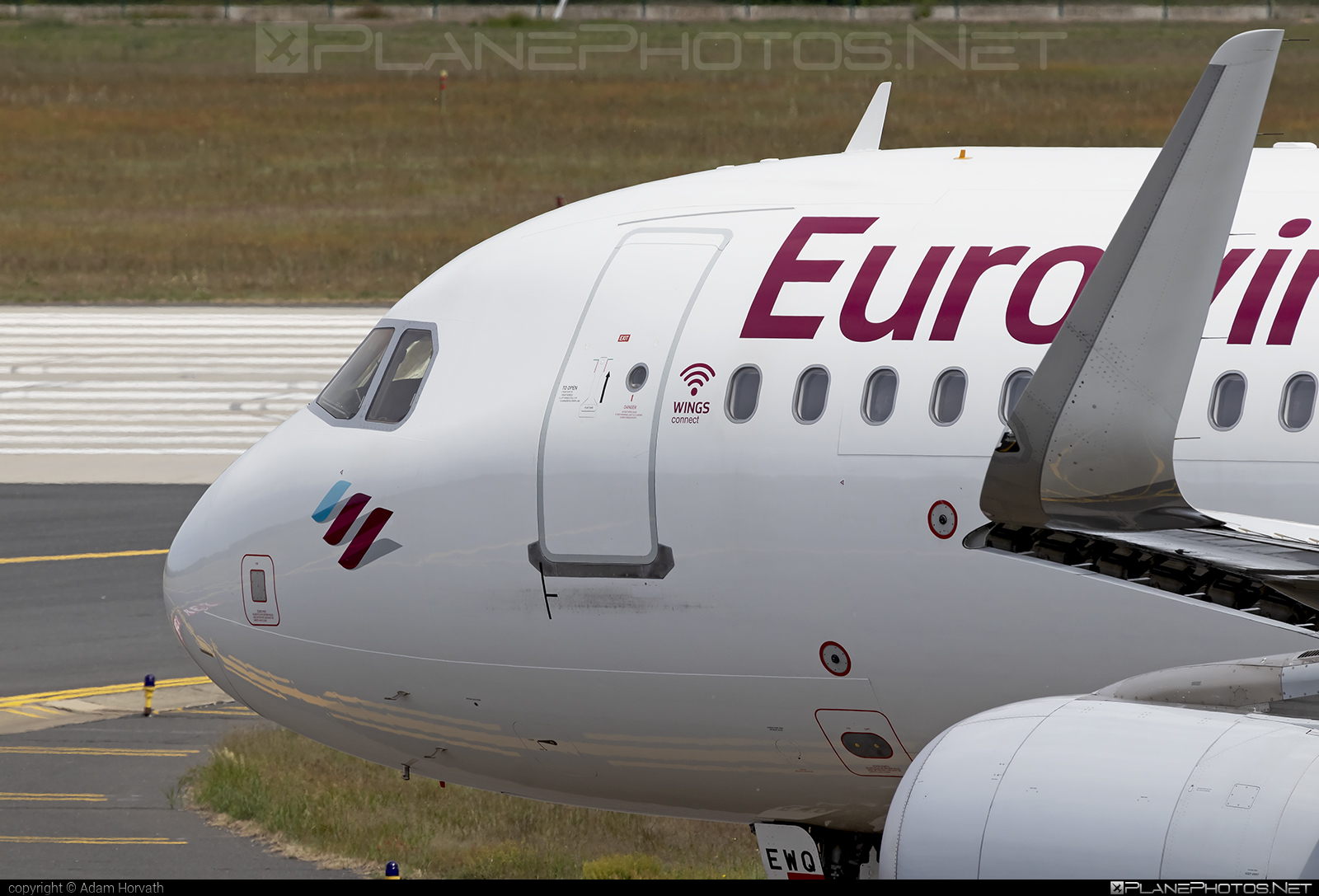 Airbus A320-214 - D-AEWQ operated by Eurowings #a320 #a320family #airbus #airbus320 #eurowings