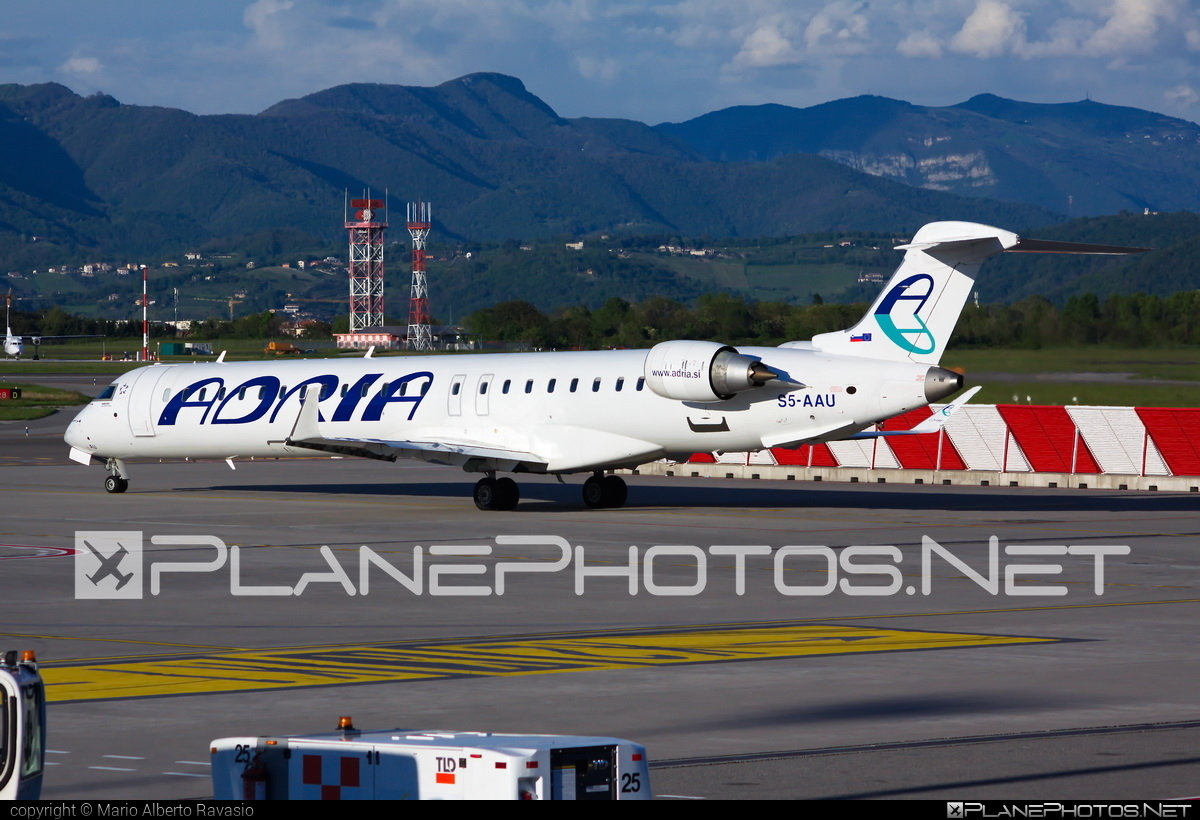 Adria Airways Bombardier CRJ900LR - S5-AAU #bombardier #crj900 #crj900lr