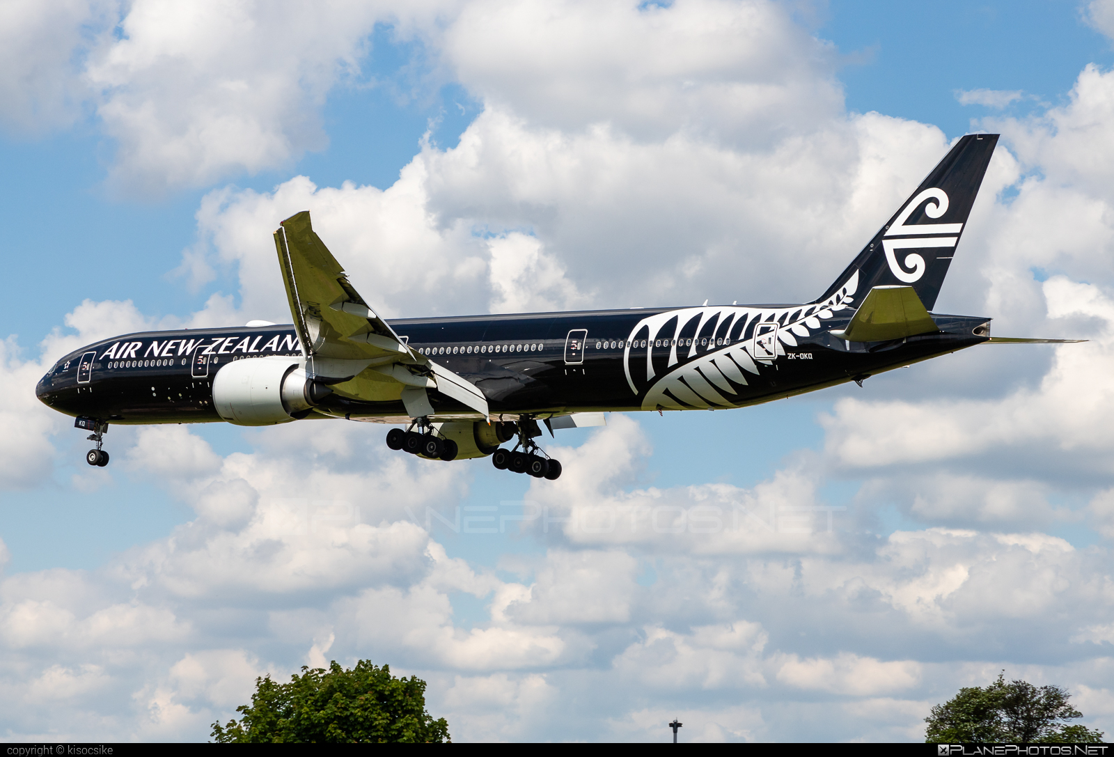 Boeing 777-300ER - ZK-OKQ operated by Air New Zealand #b777 #b777er #boeing #boeing777 #tripleseven