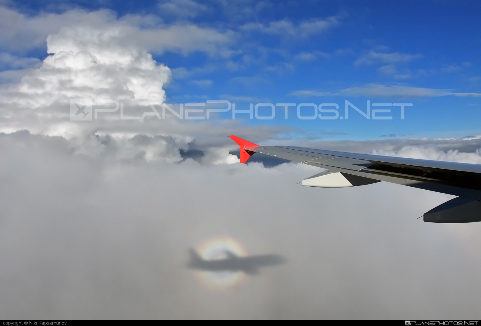 Airbus A320-232 - OE-LMB operated by LaudaMotion #a320 #a320family #airbus #airbus320 #brockenspectre #laudamotion