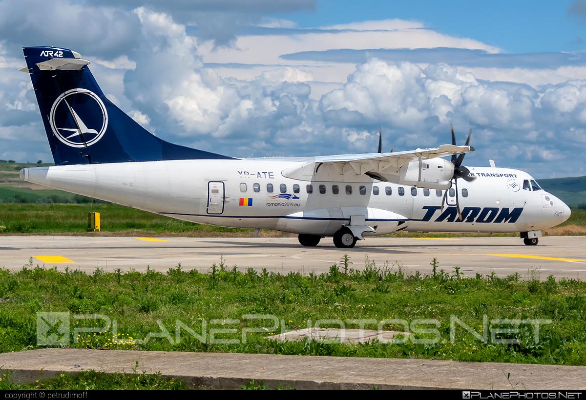 ATR 42-500 - YR-ATE operated by Tarom #atr #atr42 #atr42500