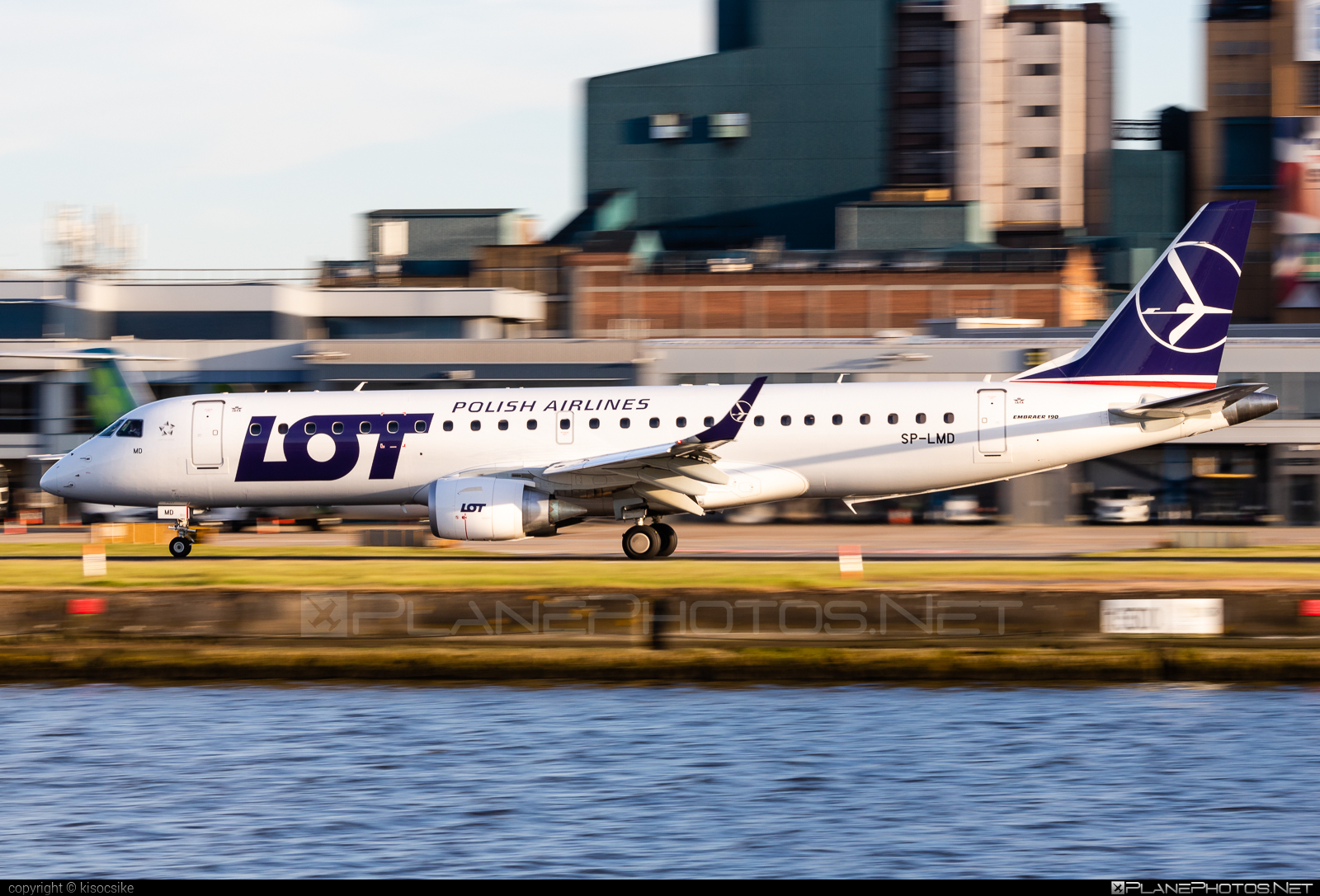 Embraer E190STD (ERJ-190-100STD) - SP-LMD operated by LOT Polish Airlines #e190 #e190100 #e190100std #e190std #embraer #embraer190 #embraer190100std #embraer190std #lot #lotpolishairlines