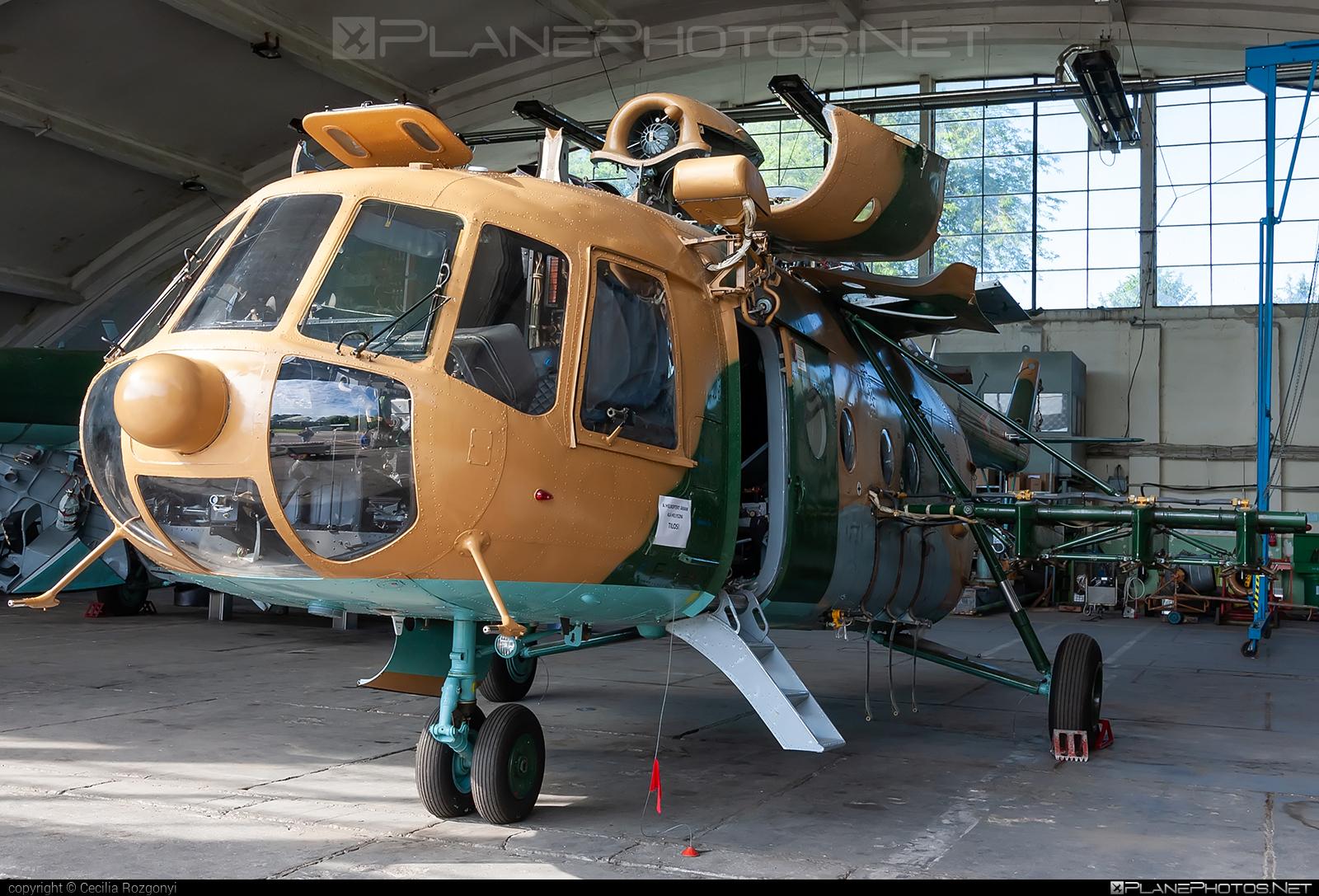 Mil Mi-17N - 703 operated by Magyar Légierő (Hungarian Air Force) #hungarianairforce #magyarlegiero #mi17 #mi17n #mil #mil17 #milhelicopters
