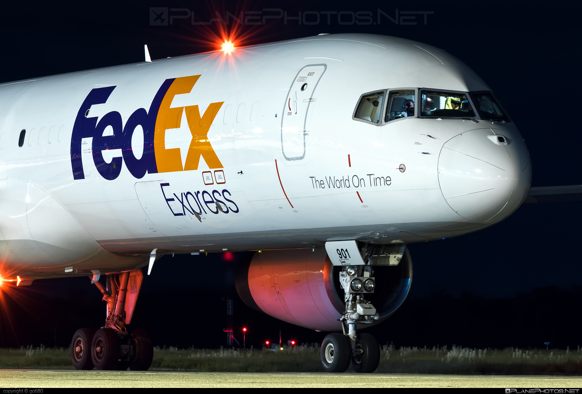 Boeing 757-200SF - N901FD operated by FedEx Express #b757 #boeing #boeing757 #fedex #fedexairlines #fedexexpress