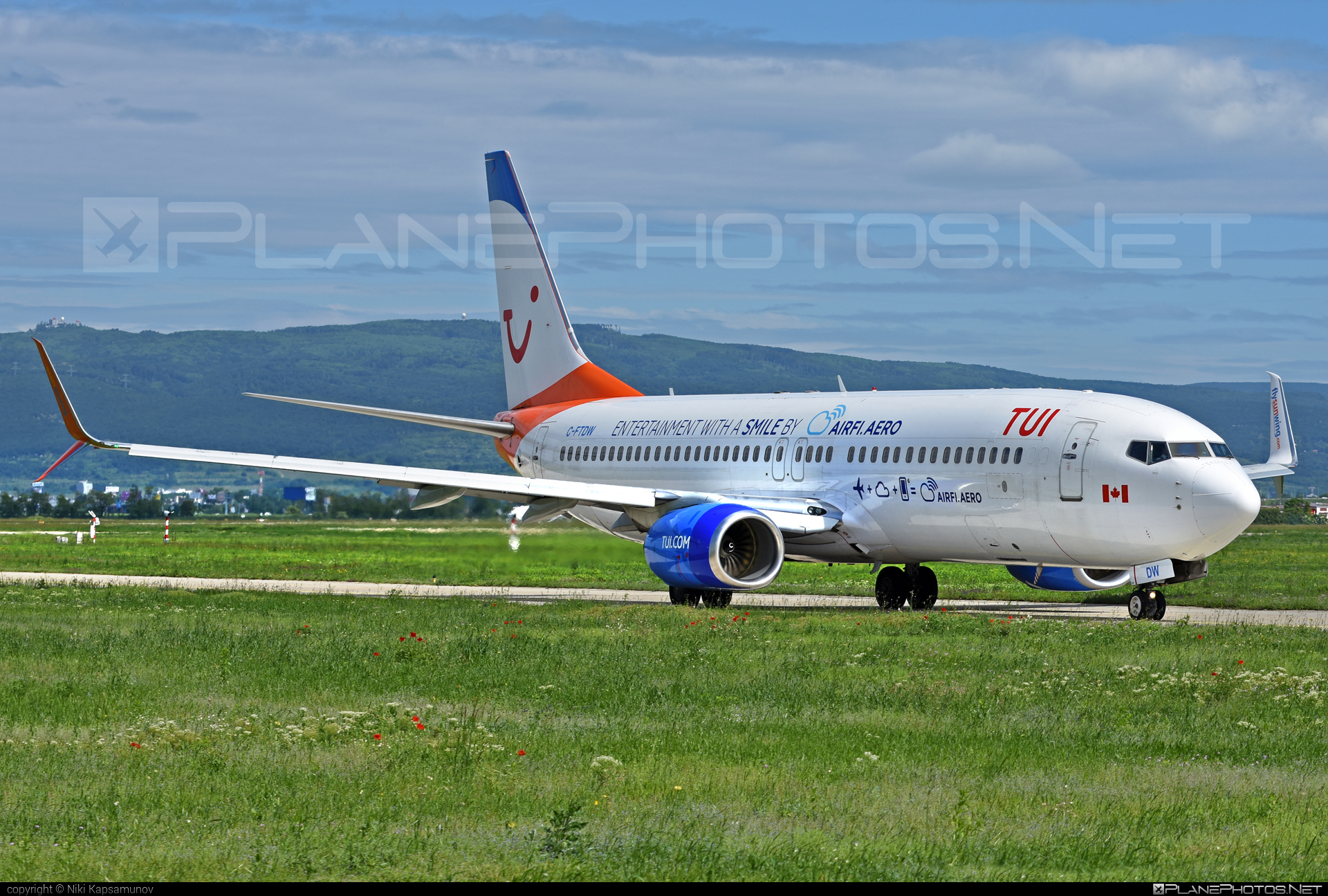 Boeing 737-800 - C-FTDW operated by TUI Airlines Nederlands #b737 #b737nextgen #b737ng #boeing #boeing737 #tui #tuiairlines #tuiairlinesnederlands
