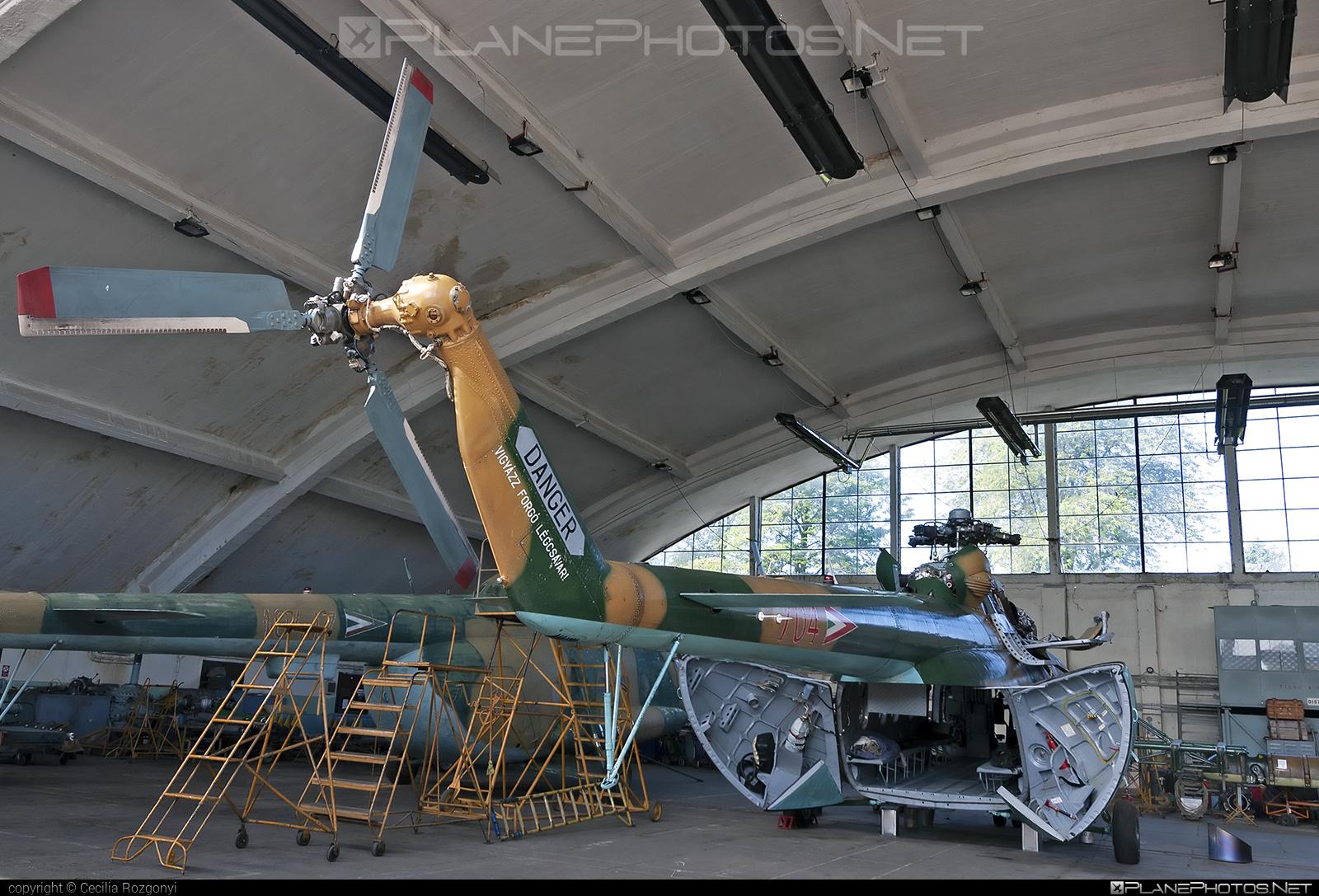 Mil Mi-17N - 704 operated by Magyar Légierő (Hungarian Air Force) #hungarianairforce #magyarlegiero #mi17 #mi17n #mil #mil17 #milhelicopters