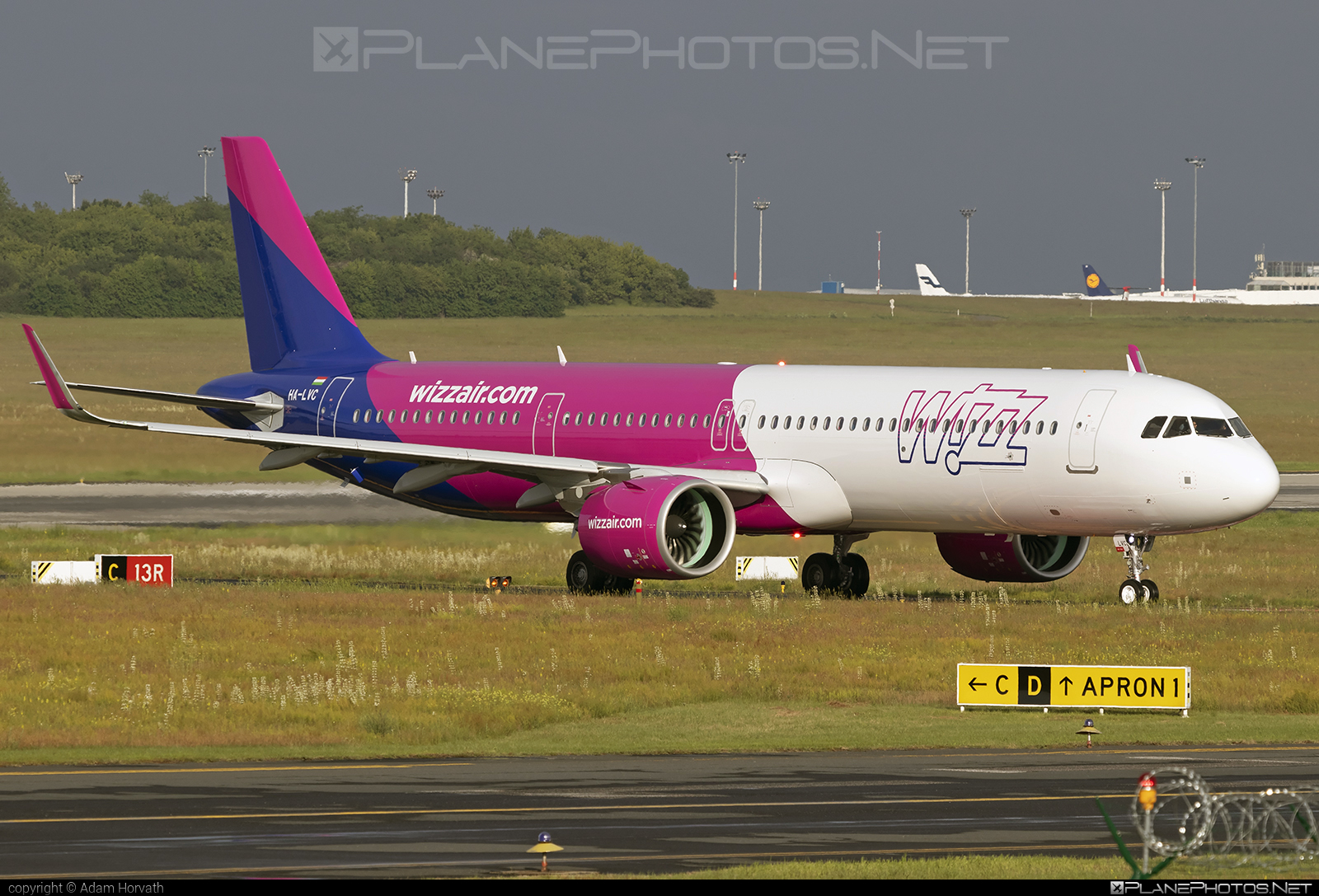Airbus A321-271NX - HA-LVC operated by Wizz Air #a320family #a321 #a321neo #airbus #airbus321 #airbus321lr #wizz #wizzair