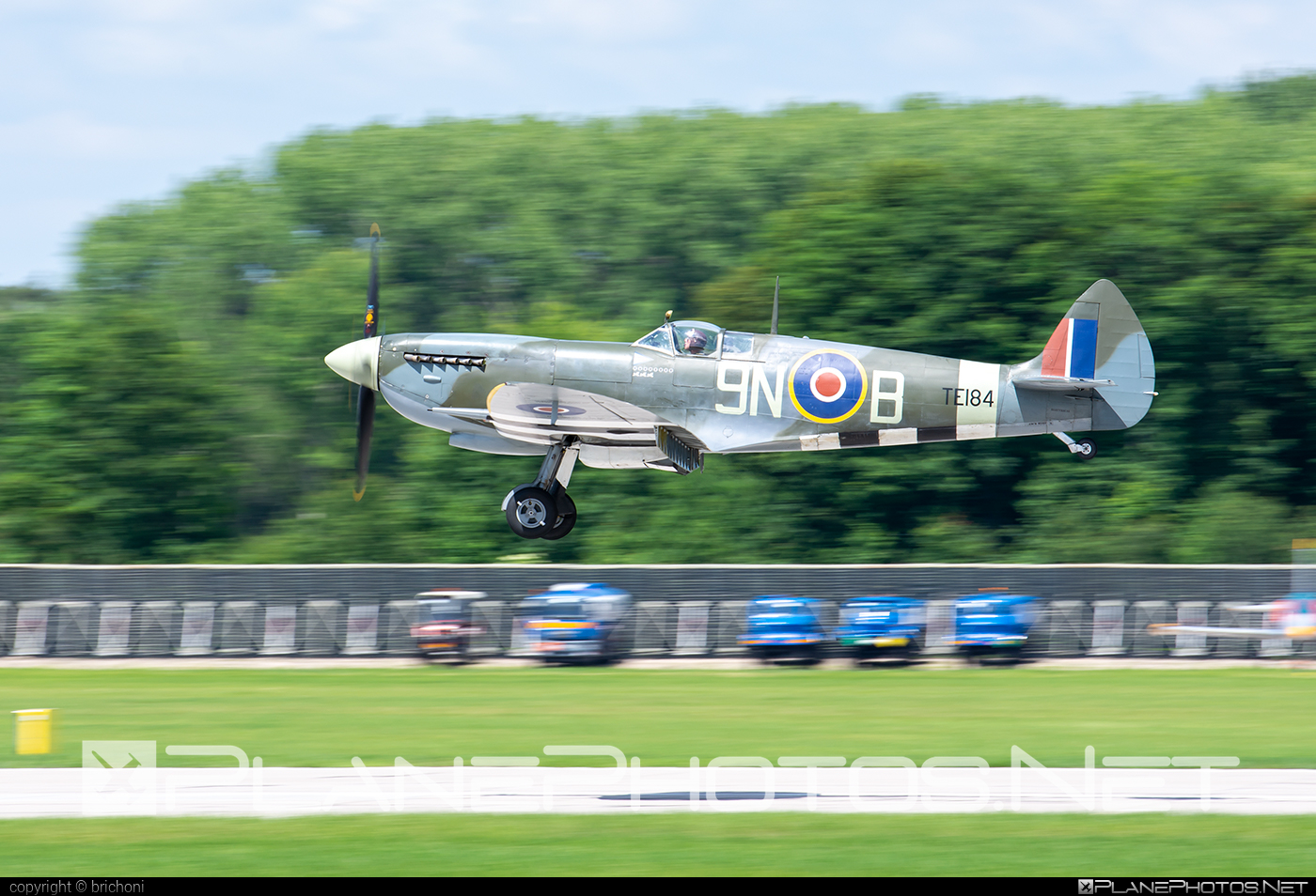 Supermarine Spitfire LF Mk.XVIe - G-MXVI operated by Private operator #spitfire #spitfirelfmkxvie #supermarine