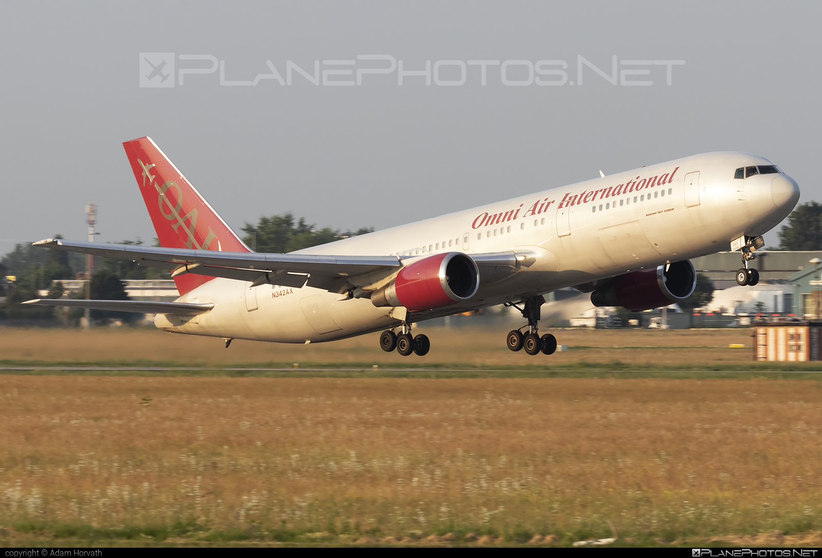 Boeing 767-300ER - N342AX operated by Omni Air International (OAI) #b767 #b767er #boeing #boeing767