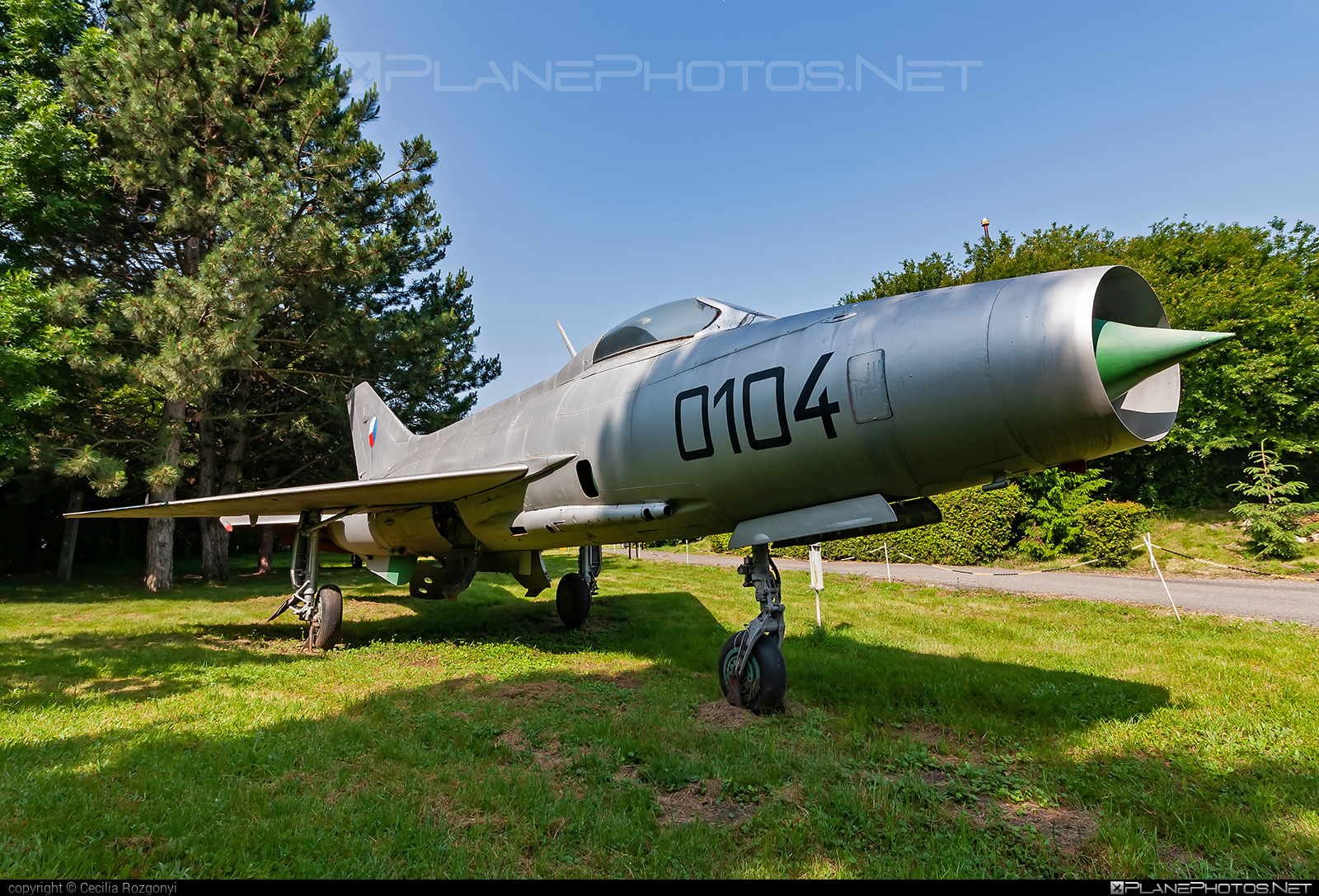 Aero S-106 - 0104 operated by Letectvo ČSĽA (Czechoslovak Air Force) #aero #aeros106 #mig21 #mig21f13
