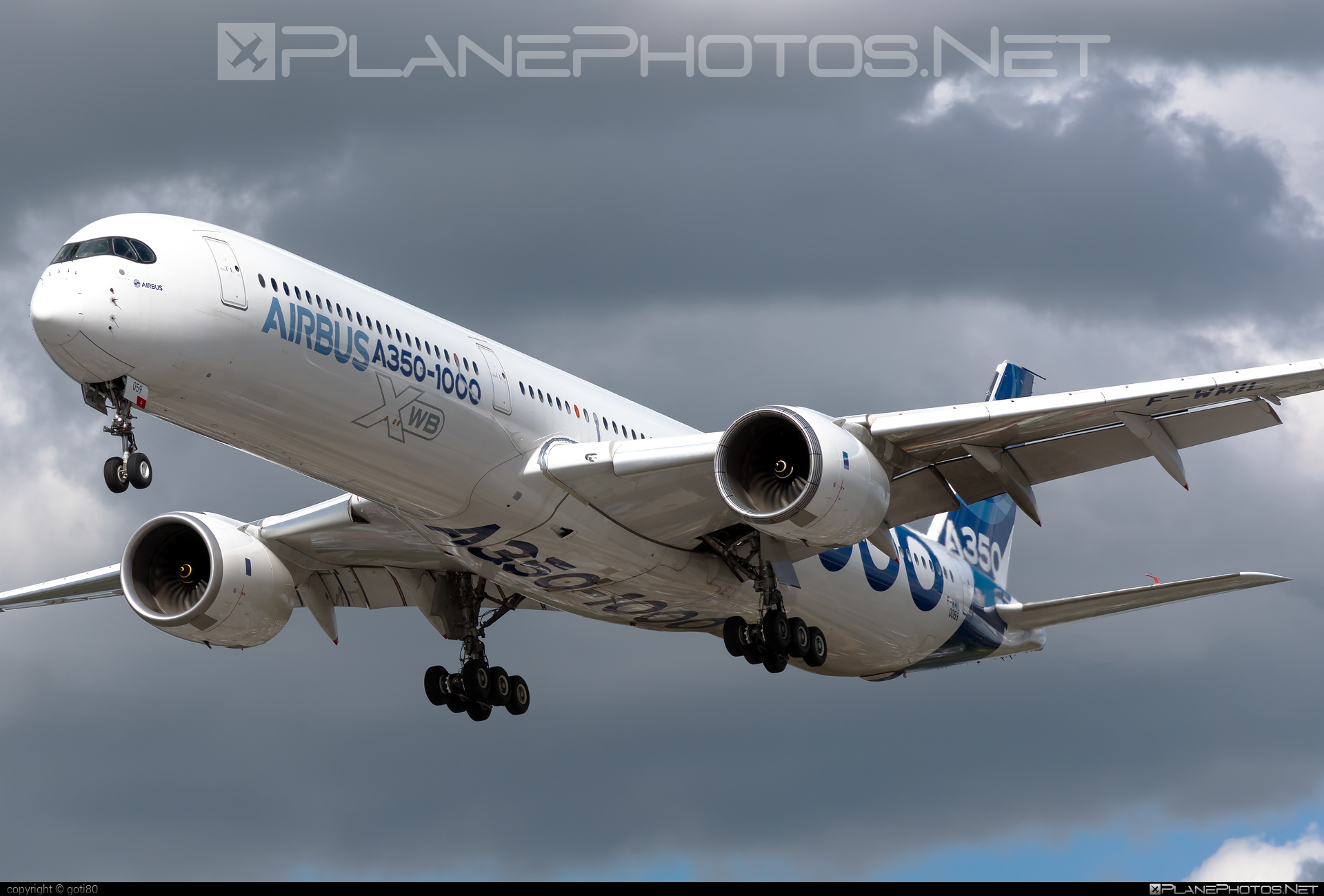 Airbus A350-1041 - F-WMIL operated by Airbus Industrie #a350 #a350family #airbus #airbus350 #xwb