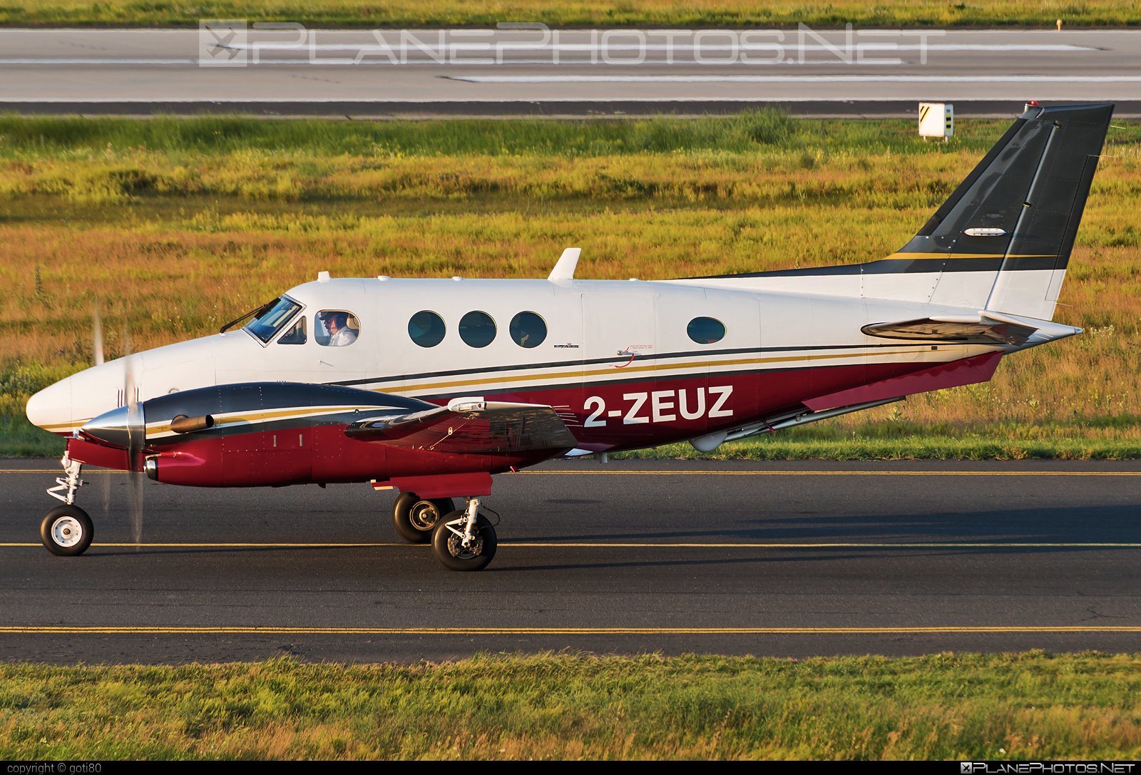 Beechcraft C90A King Air - 2-ZEUZ operated by Zeusch Aviation #beechcraft #zeuschaviation