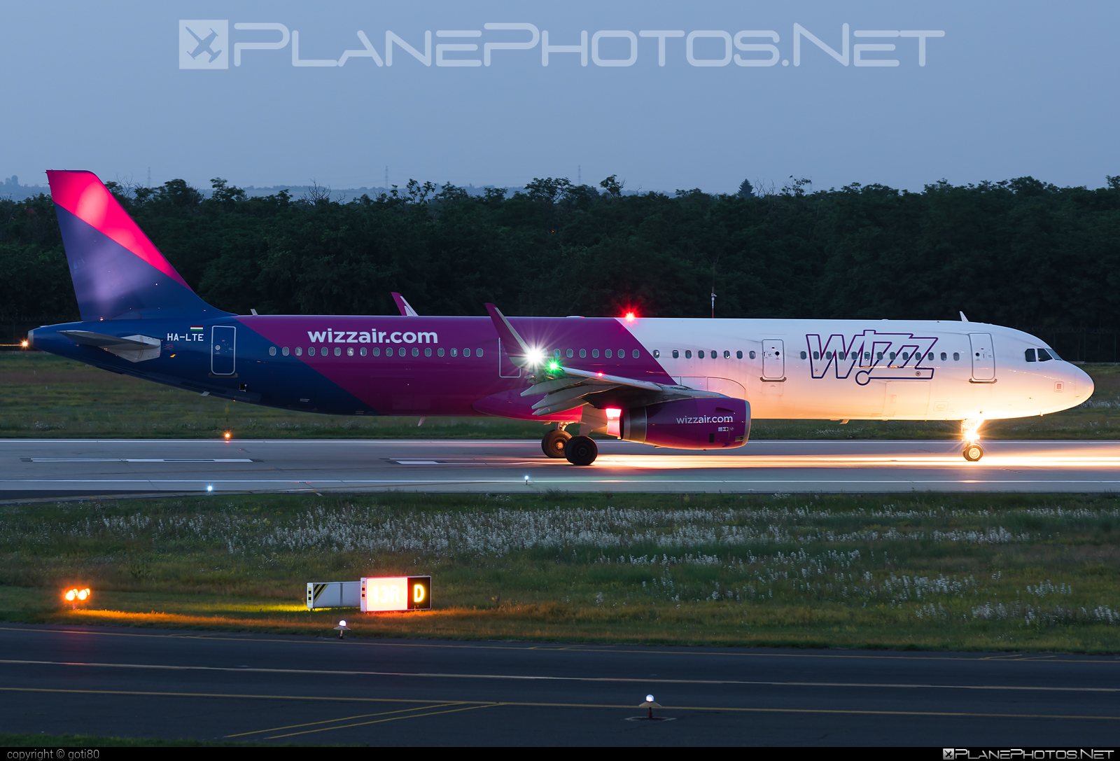 Airbus A321-231 - HA-LTE operated by Wizz Air #a320family #a321 #airbus #airbus321 #wizz #wizzair