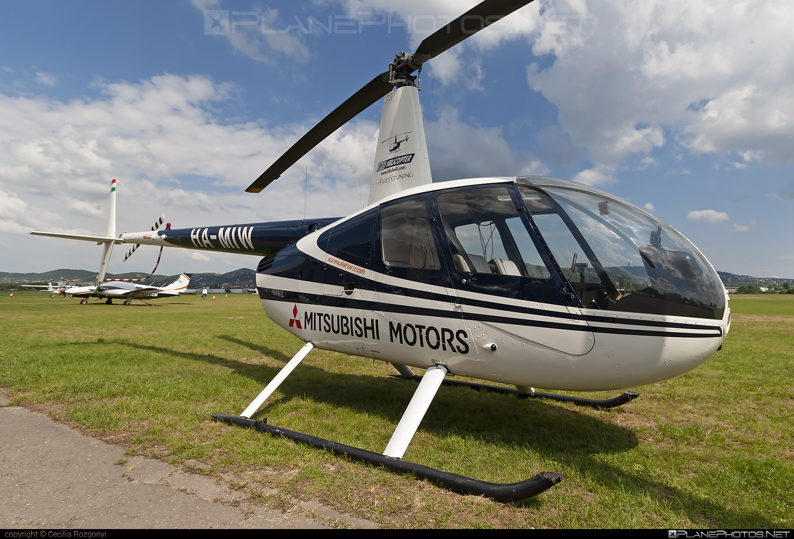 Robinson R44 Astro - HA-MIW operated by BHS Hungary Kft. #bhshungary #robinson