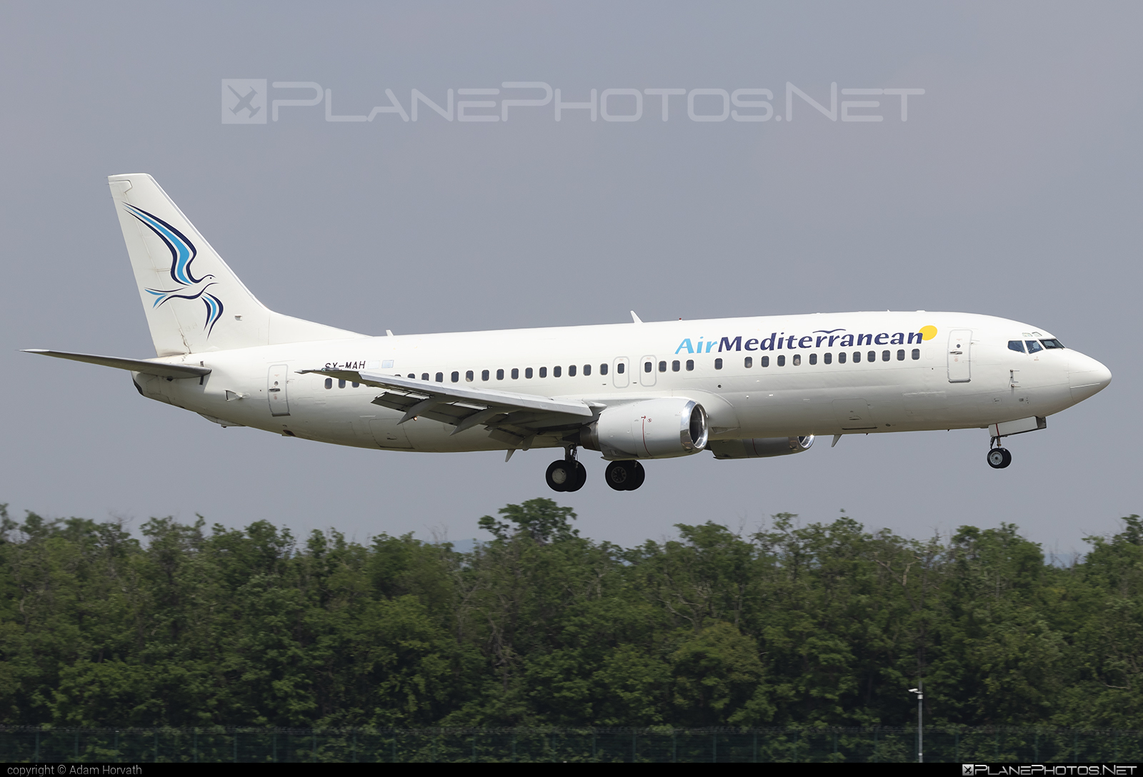 Boeing 737-400 - SX-MAH operated by Air Mediterranean #b737 #boeing #boeing737