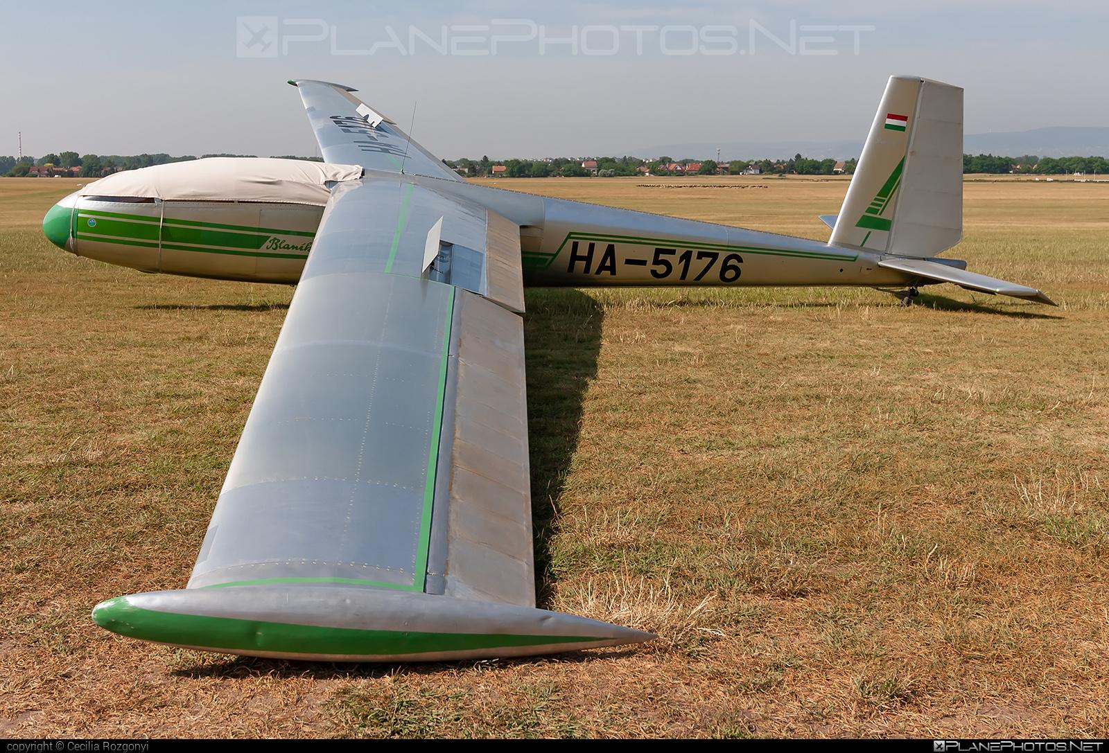 Let L-13 Blaník - HA-5176 operated by Opitz Nándor Repülőklub #let #opitznandorrepuloklub