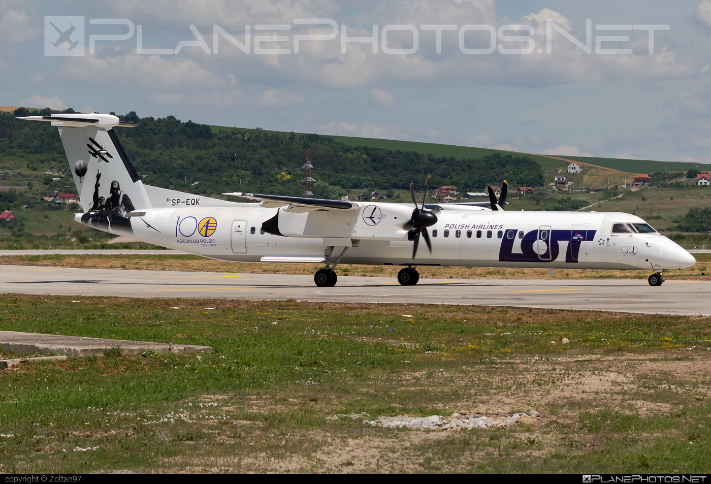 Bombardier DHC-8-Q402 Dash 8 - SP-EQK operated by EuroLOT #bombardier