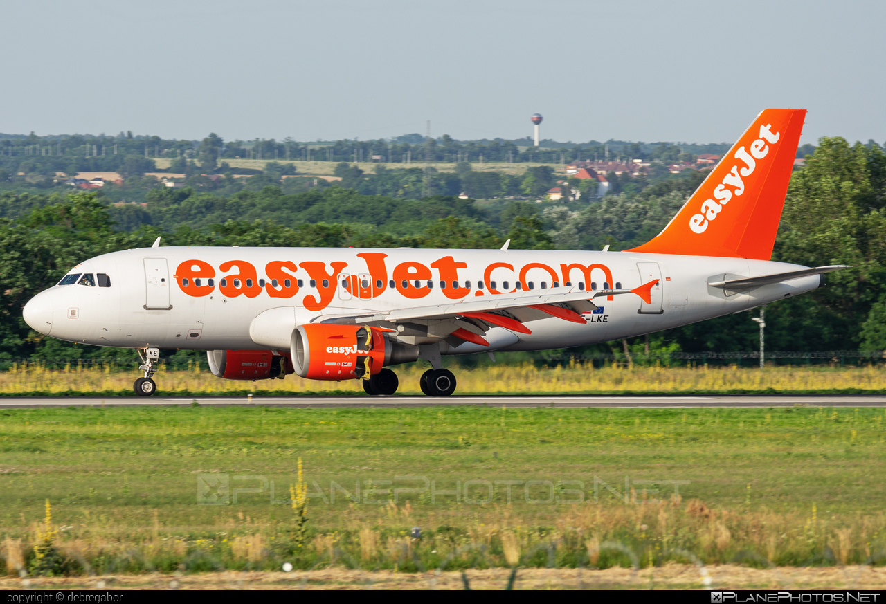Airbus A319-111 - OE-LKE operated by easyJet #a319 #a320family #airbus #airbus319 #easyjet
