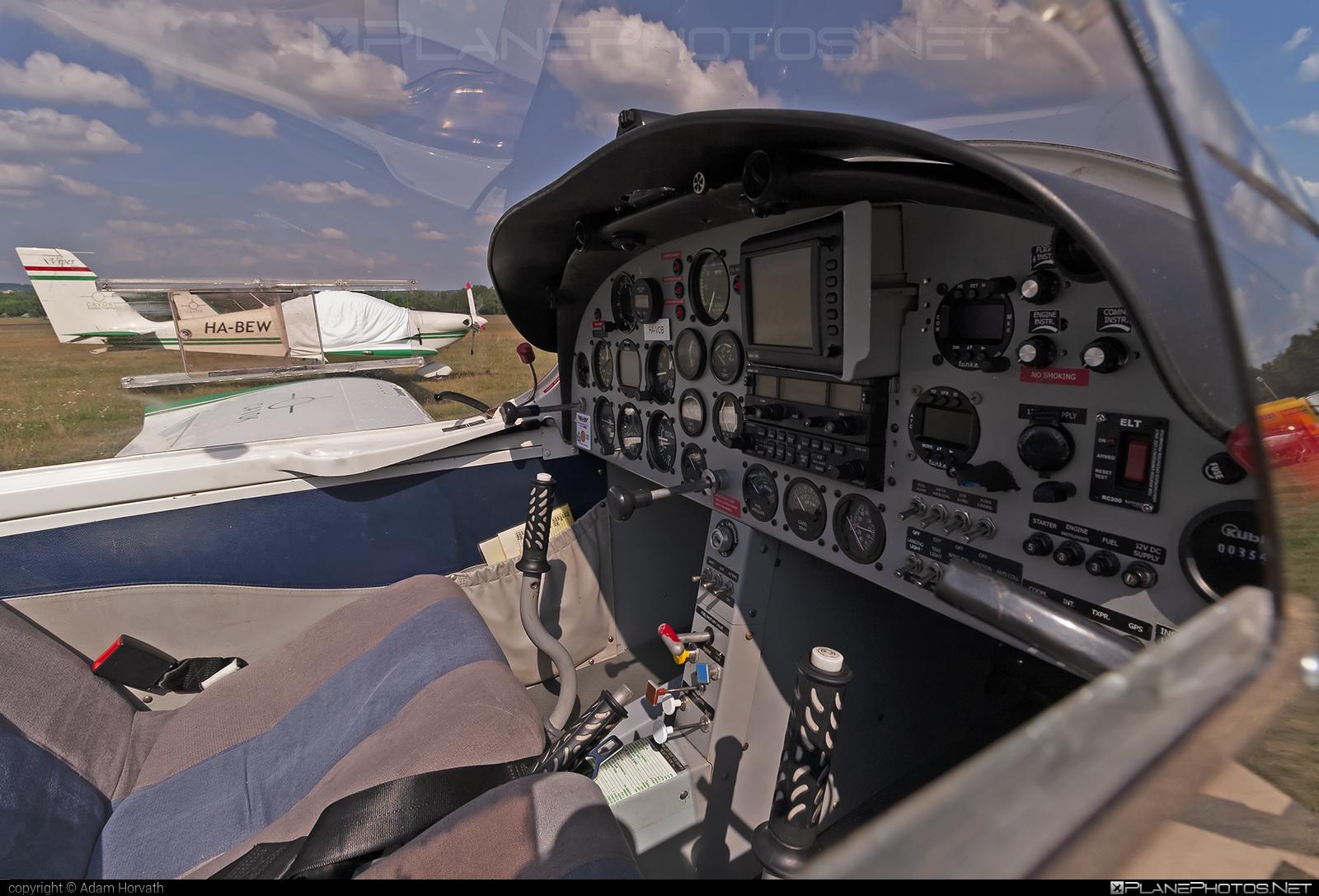 Aero AT AT-3 R100 - HA-VOB operated by CAVOK Aviation Training #aeroat #aeroat3 #aeroat3r100 #cavokaviationtraining