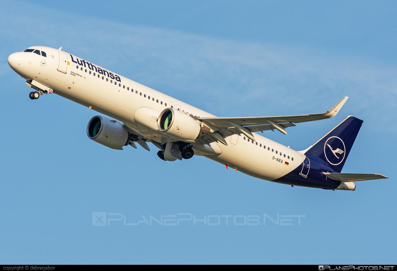 Airbus A321-271NX - D-AIEA operated by Lufthansa #a320family #a321 #a321neo #airbus #airbus321 #airbus321lr #lufthansa