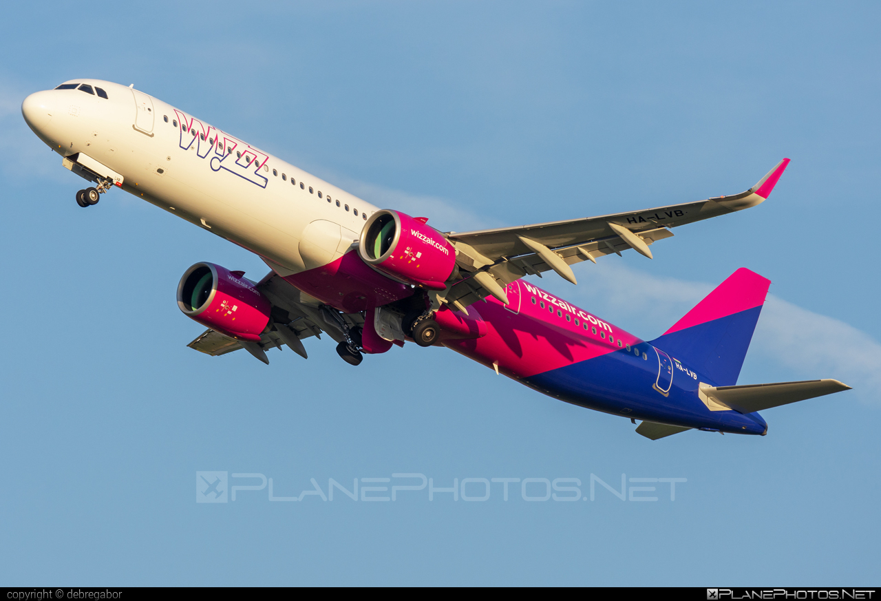 Airbus A321-271NX - HA-LVB operated by Wizz Air #a320family #a321 #a321neo #airbus #airbus321 #airbus321lr #wizz #wizzair