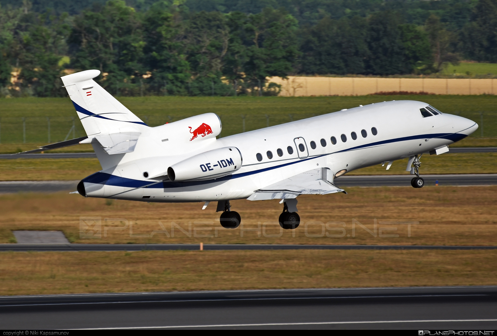 Dassault Falcon 900EX - OE-IDM operated by Red Bull Racing Team #dassault