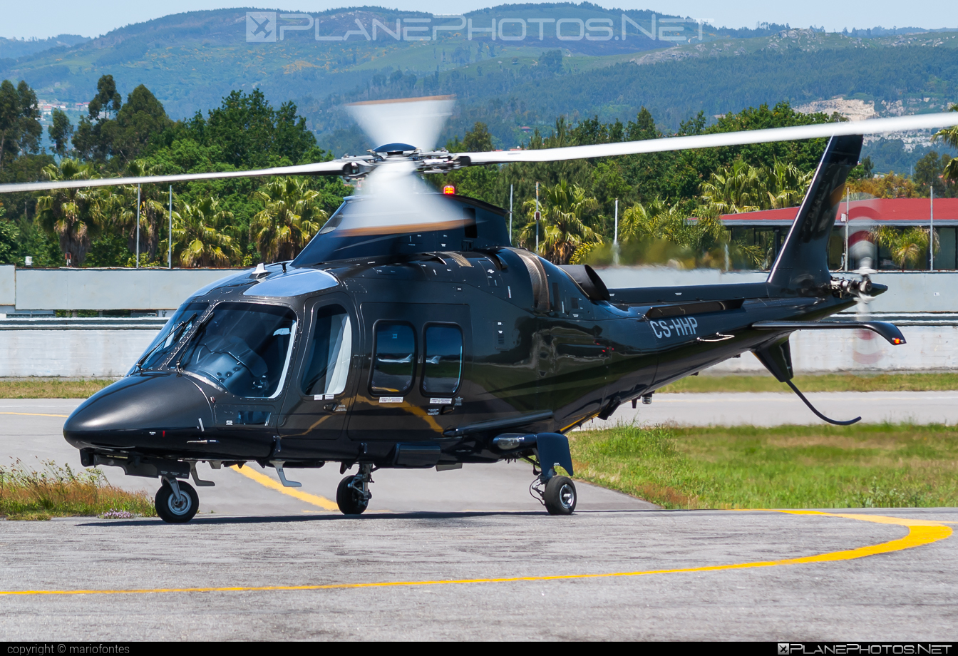 AgustaWestland AW109SP Grand New - CS-HHP operated by Vinair Aeroserviços S.A. #a109 #agustawestland #aw109 #aw109grandnew #aw109sp #aw109spgrandnew #vinair #vinairaeroservicos