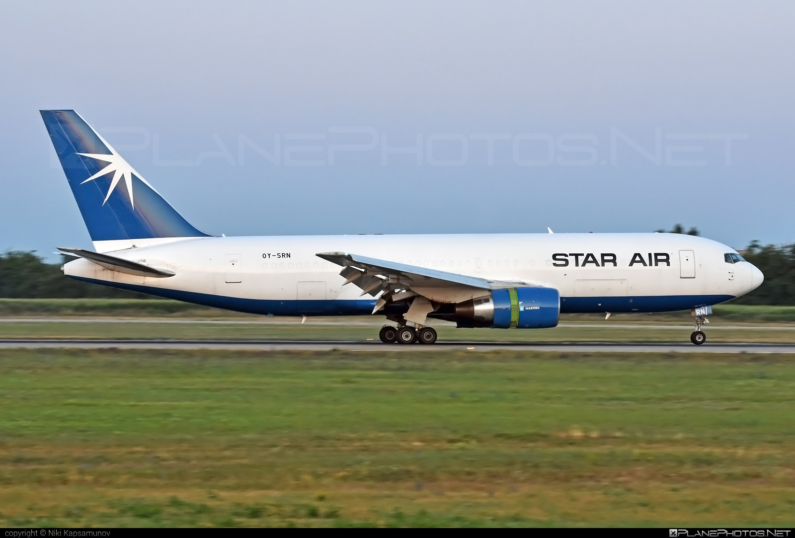 Boeing 767-200BDSF - OY-SRN operated by Star Air #b767 #b767200bdsf #b767bdsf #bedekspecialfreighter #boeing #boeing767