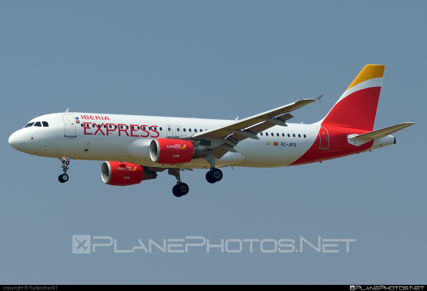 Airbus A320-214 - EC-JFG operated by Iberia Express #a320 #a320family #airbus #airbus320 #iberia #iberiaexpress