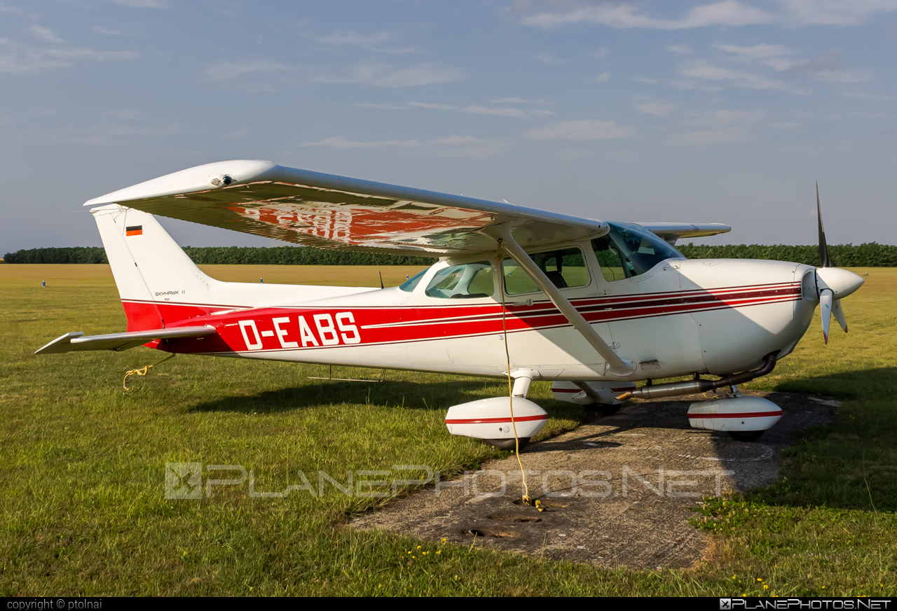 Cessna 172P SkyHawk II - D-EABS operated by Private operator #cessna #cessna172 #cessna172p #cessna172pskyhawk #cessna172skyhawk #cessnaskyhawk #skyhawkii