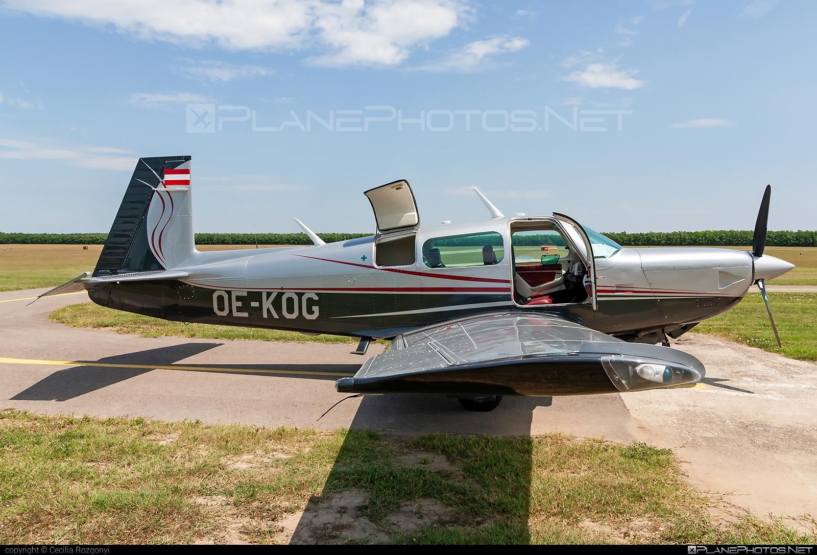 Mooney M20K 252 TSE - OE-KOG operated by Private operator #mooney