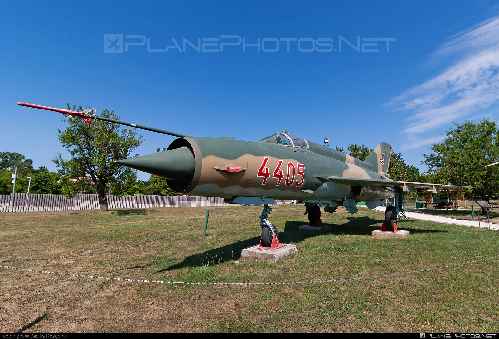 Mikoyan-Gurevich MiG-21MF - 4405 operated by Magyar Légierő (Hungarian Air Force) #hungarianairforce #magyarlegiero #mig #mig21 #mig21mf #mikoyangurevich