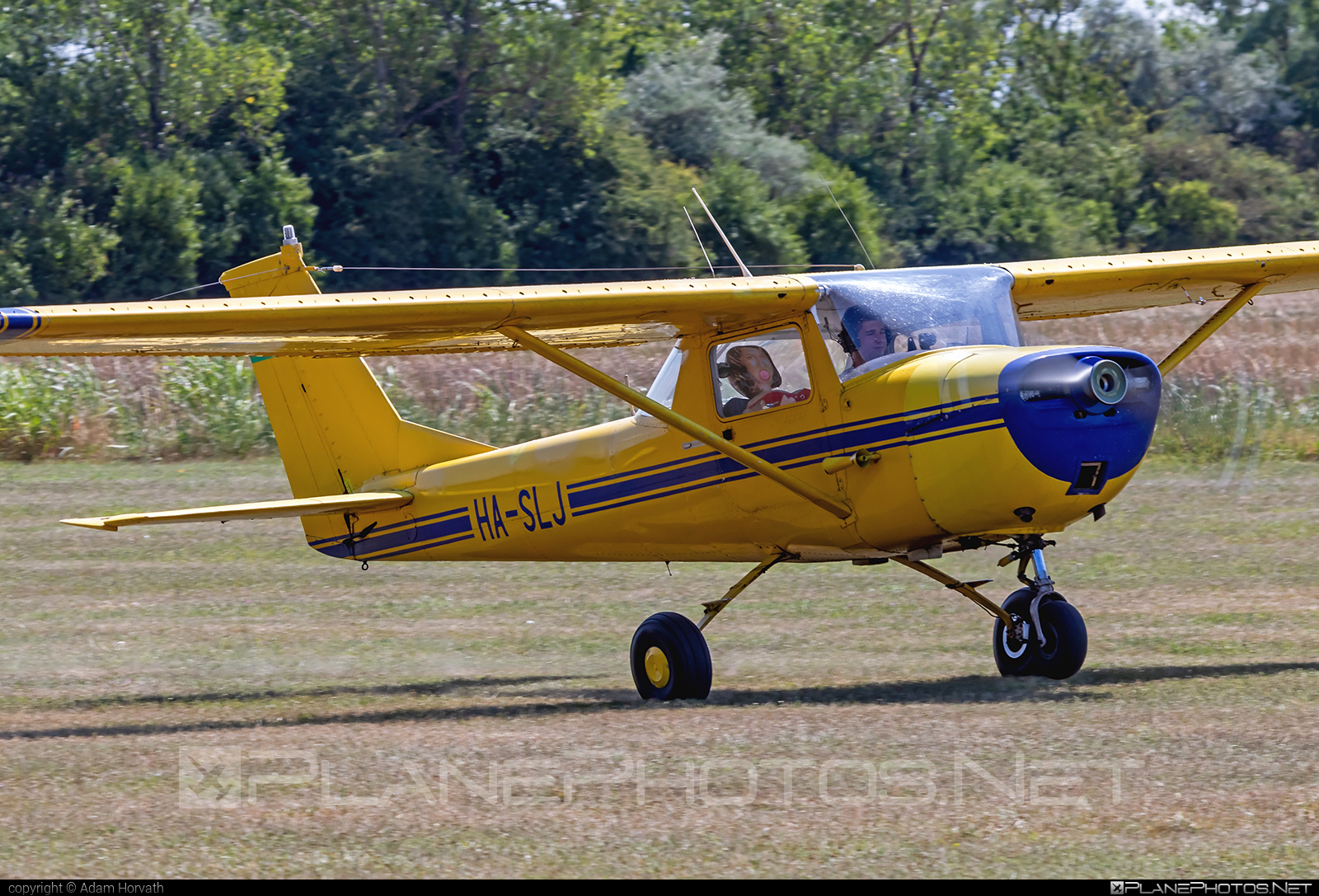 Cessna 150F - HA-SLJ operated by Aero Média Kft. #aeromediakft #cessna