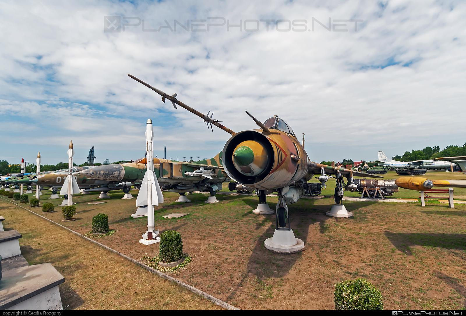 Sukhoi Su-22M3 - 11 operated by Magyar Légierő (Hungarian Air Force) #hungarianairforce #magyarlegiero #sukhoi