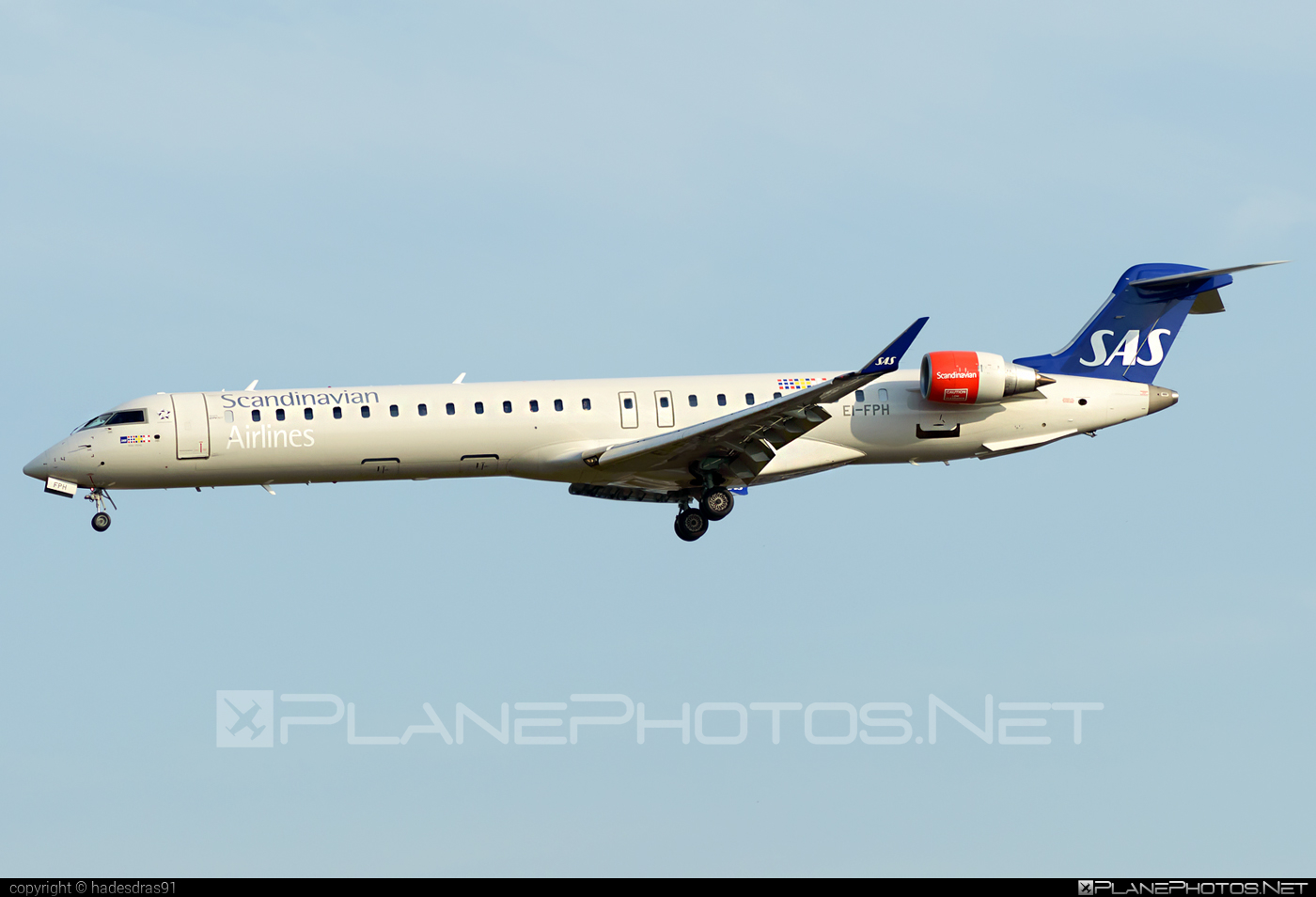 Bombardier CRJ900LR - EI-FPH operated by Scandinavian Airlines (SAS) #bombardier #crj900 #crj900lr #sas #sasairlines #scandinavianairlines