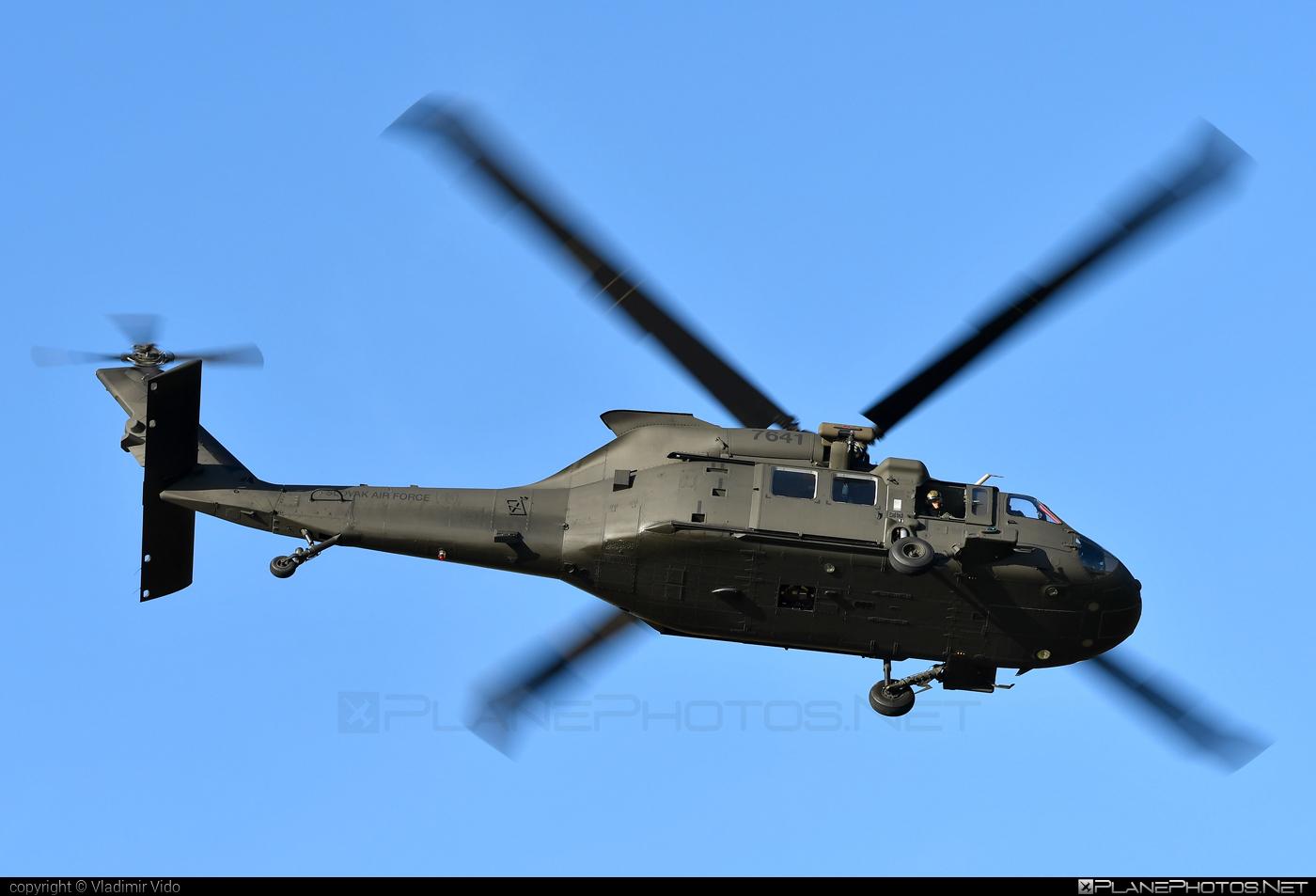 Sikorsky UH-60M Black Hawk - 7641 operated by Vzdušné sily OS SR (Slovak Air Force) #blackhawk #sikorsky #slovakairforce #uh60 #uh60blackhawk #uh60m #vzdusnesilyossr