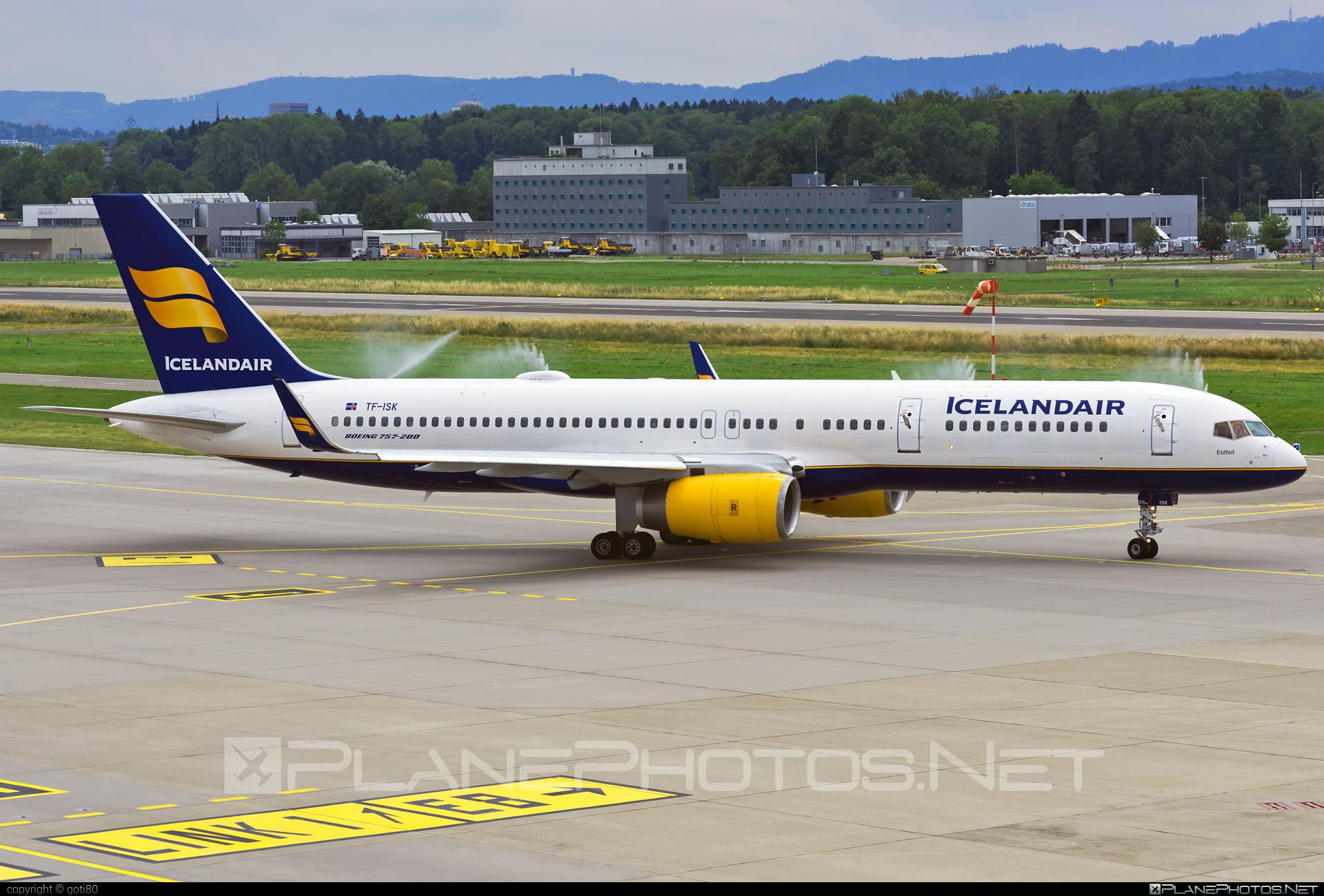 Boeing 757-200 - TF-ISK operated by Icelandair #b757 #boeing #boeing757 #icelandair