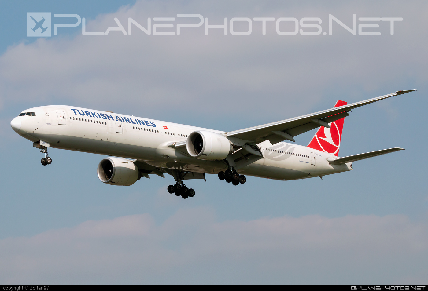Boeing 777-300ER - TC-JJK operated by Turkish Airlines #b777 #b777er #boeing #boeing777 #tripleseven #turkishairlines