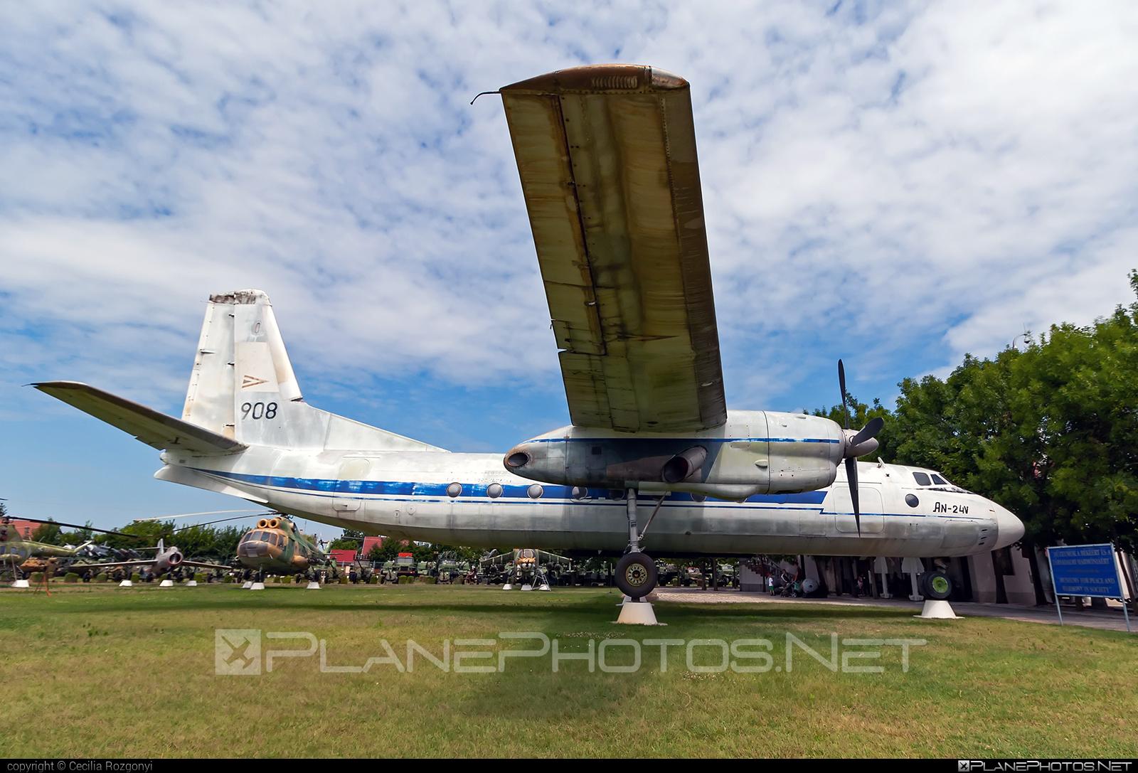 Antonov An-24V - 908 operated by Magyar Légierő (Hungarian Air Force) #an24 #an24v #antonov #antonov24 #hungarianairforce #magyarlegiero