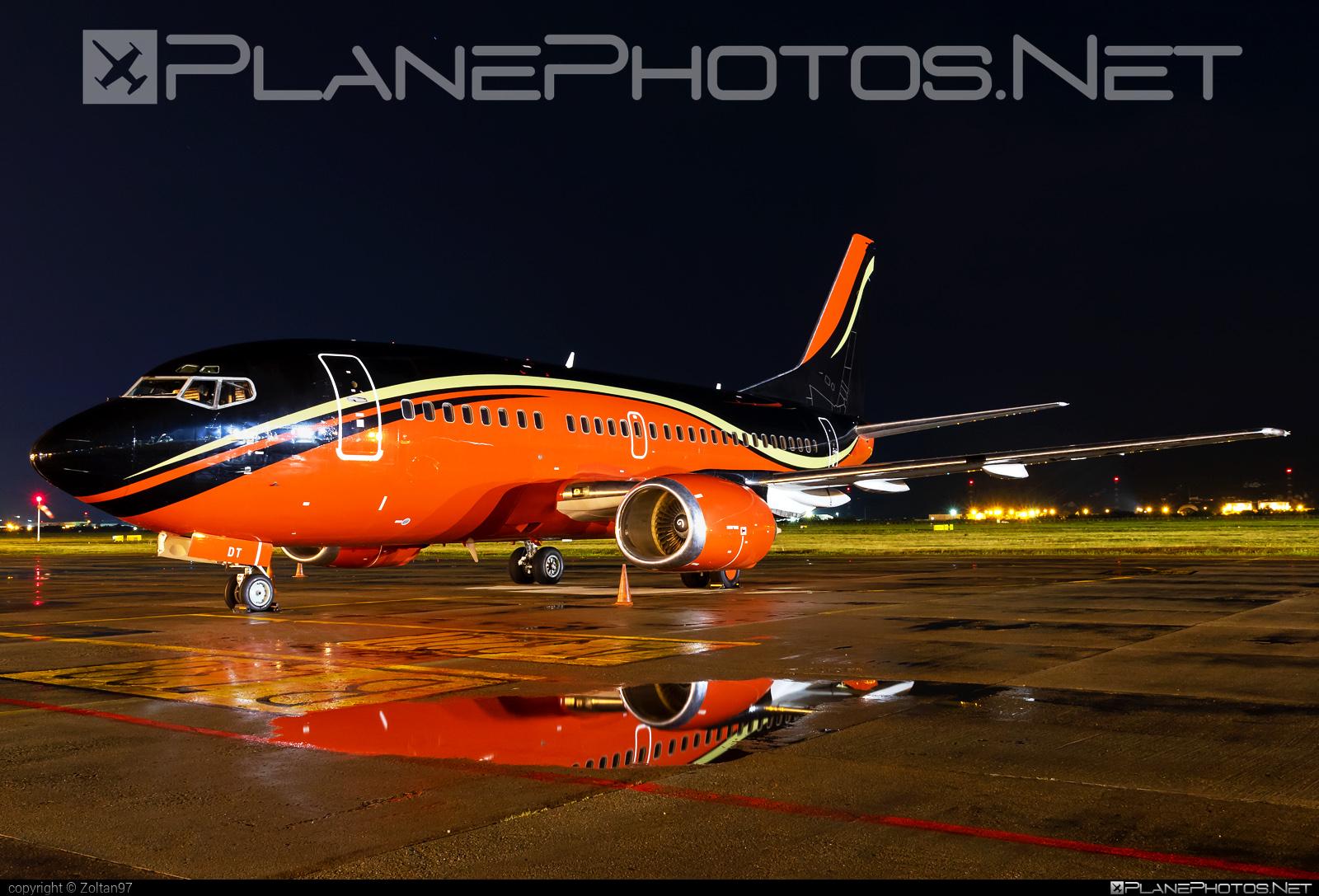 Boeing 737-500 - LY-KDT operated by KlasJet #b737 #boeing #boeing737 #klasjet