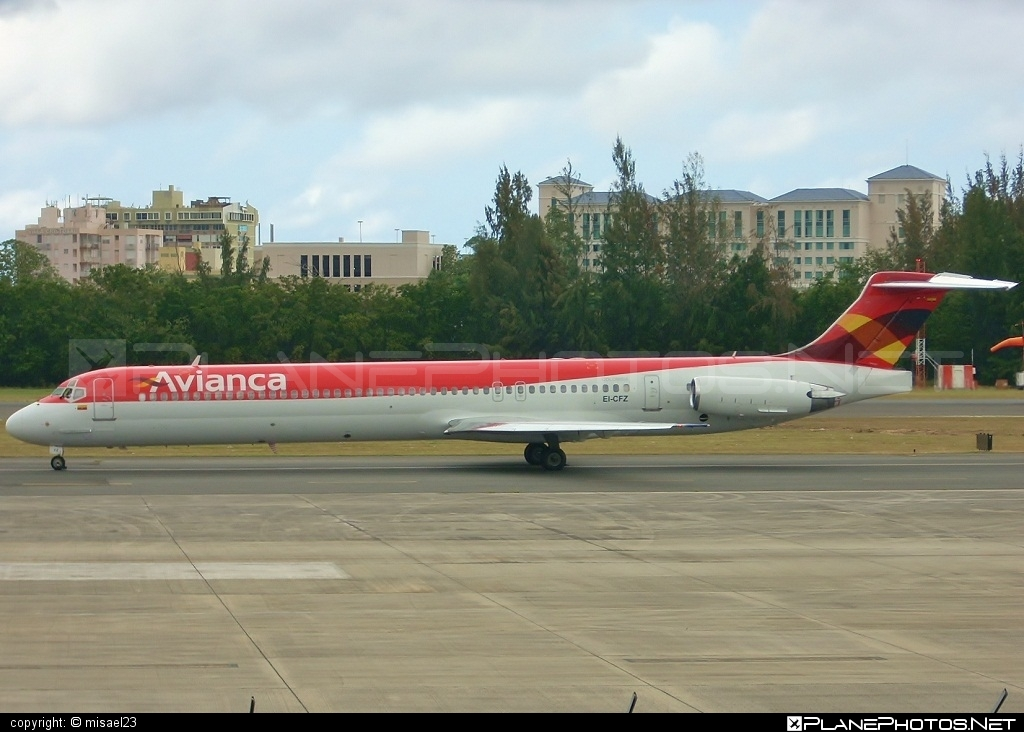 McDonnell Douglas MD-83 - EI-CFZ operated by Avianca #avianca #mcdonnelldouglas #mcdonnelldouglas80 #mcdonnelldouglas83 #mcdonnelldouglasmd80 #mcdonnelldouglasmd83 #md80 #md83