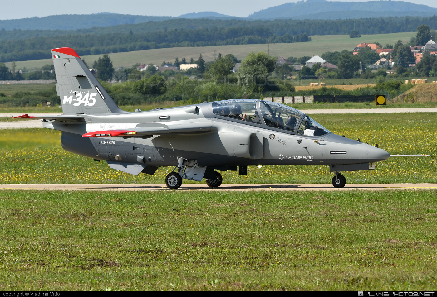 Aermacchi M-345 HET - CPX624 operated by Private operator #aermacchi #aermacchi345 #aermacchim311 #aermacchim345 #m345het